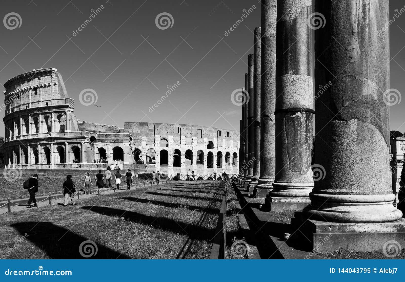 El caminar en el Colosseum