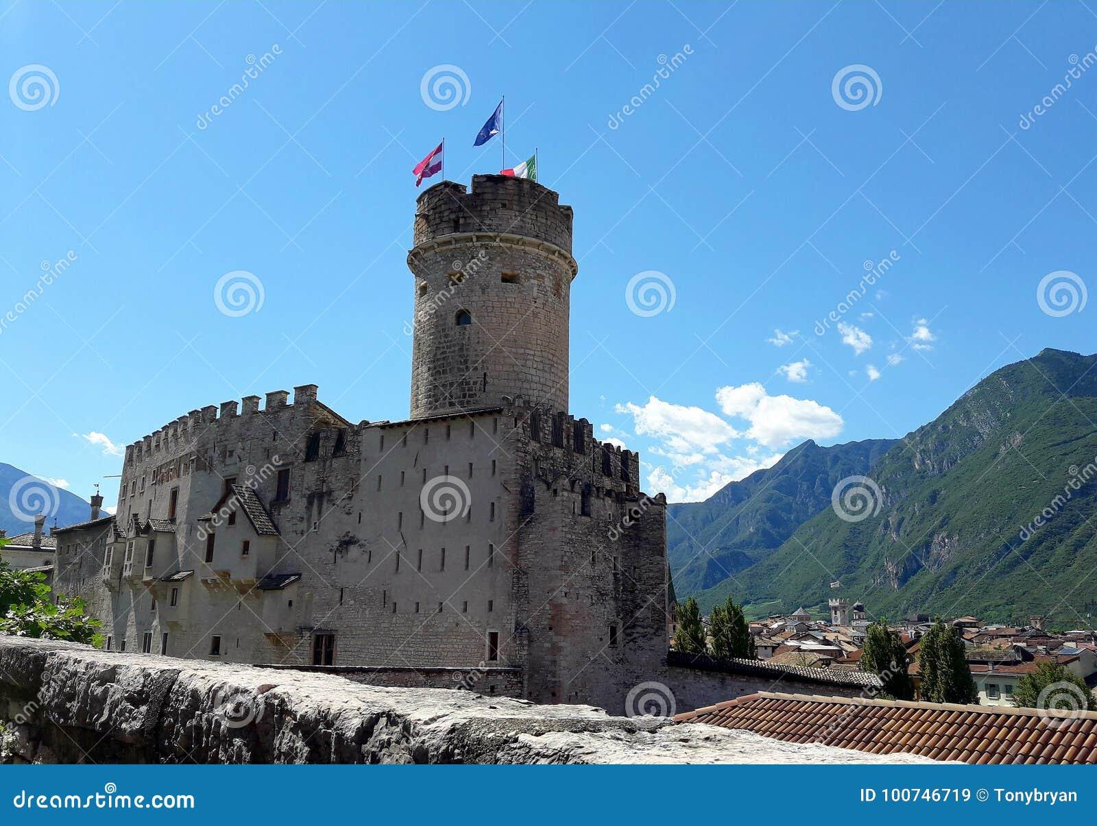 El castillo de Buonconsiglio en Trento