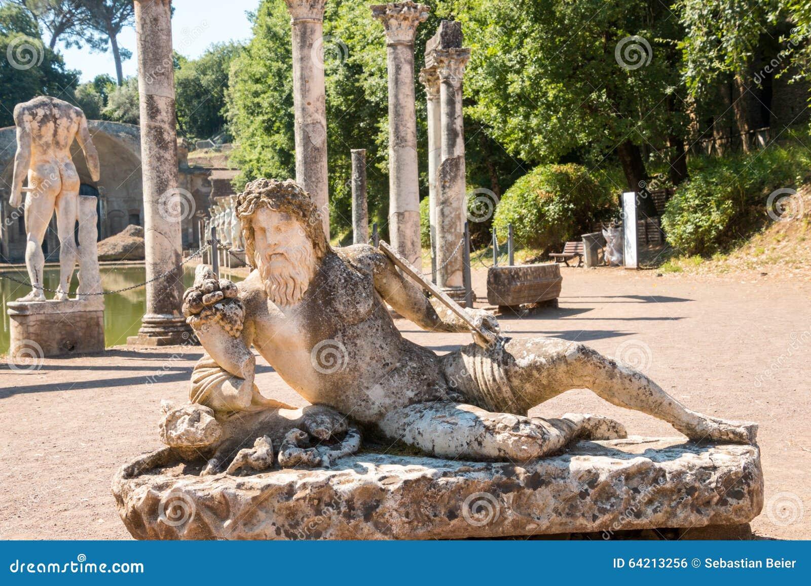 El chalet de Hadrian, chalet del Roman Emperor el  , Tivoli, fuera de Roma, Italia, Europa