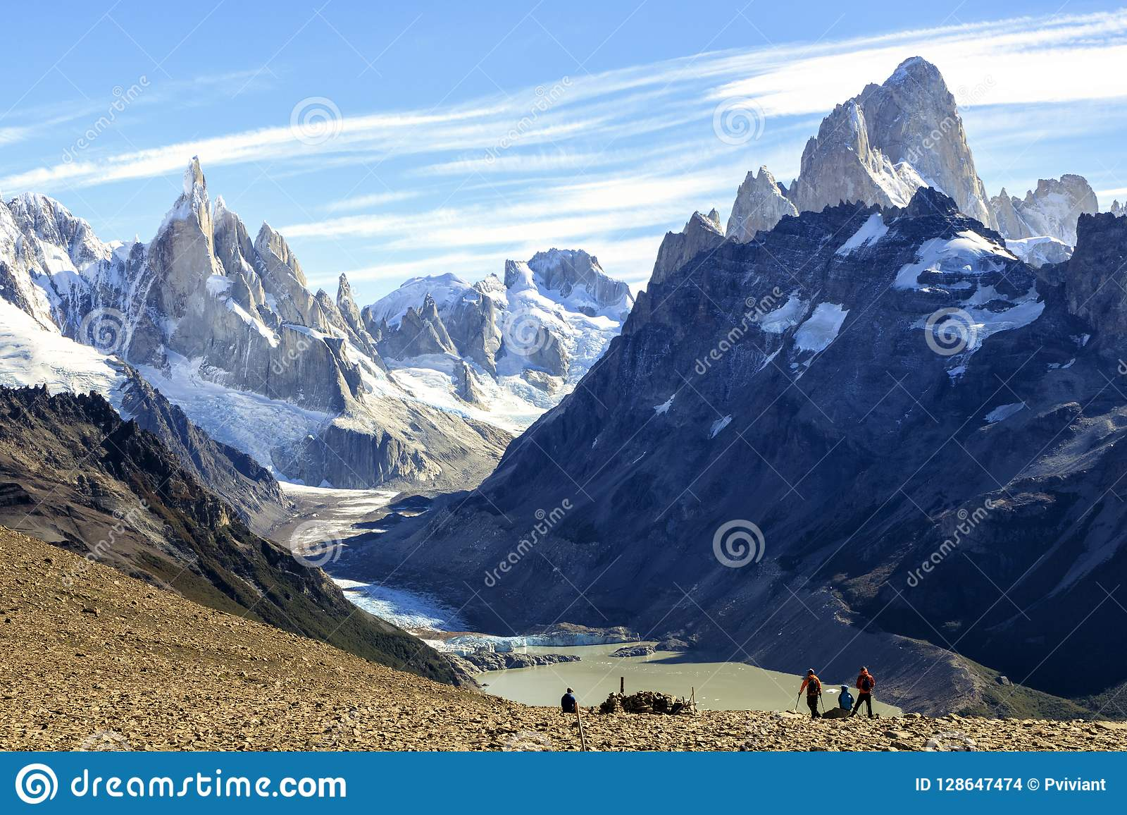 EL Chalten, η μαγική πόλη το φθινόπωρο Η EL Chalten βρίσκεται στην αργεντινή Παταγωνία