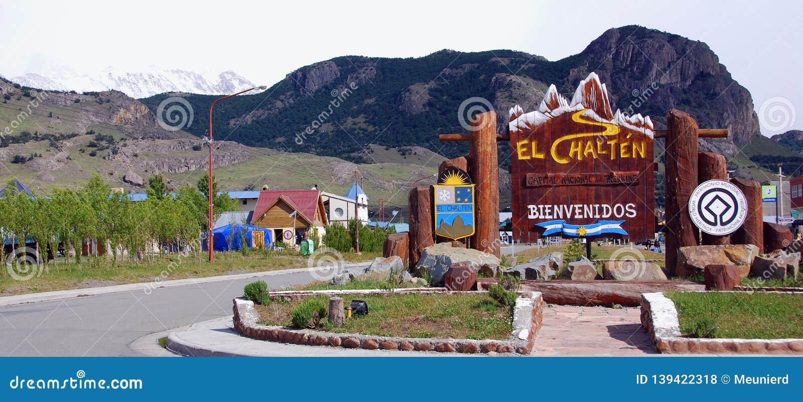 El Chalten patagonia typowy dom mała górska wioska