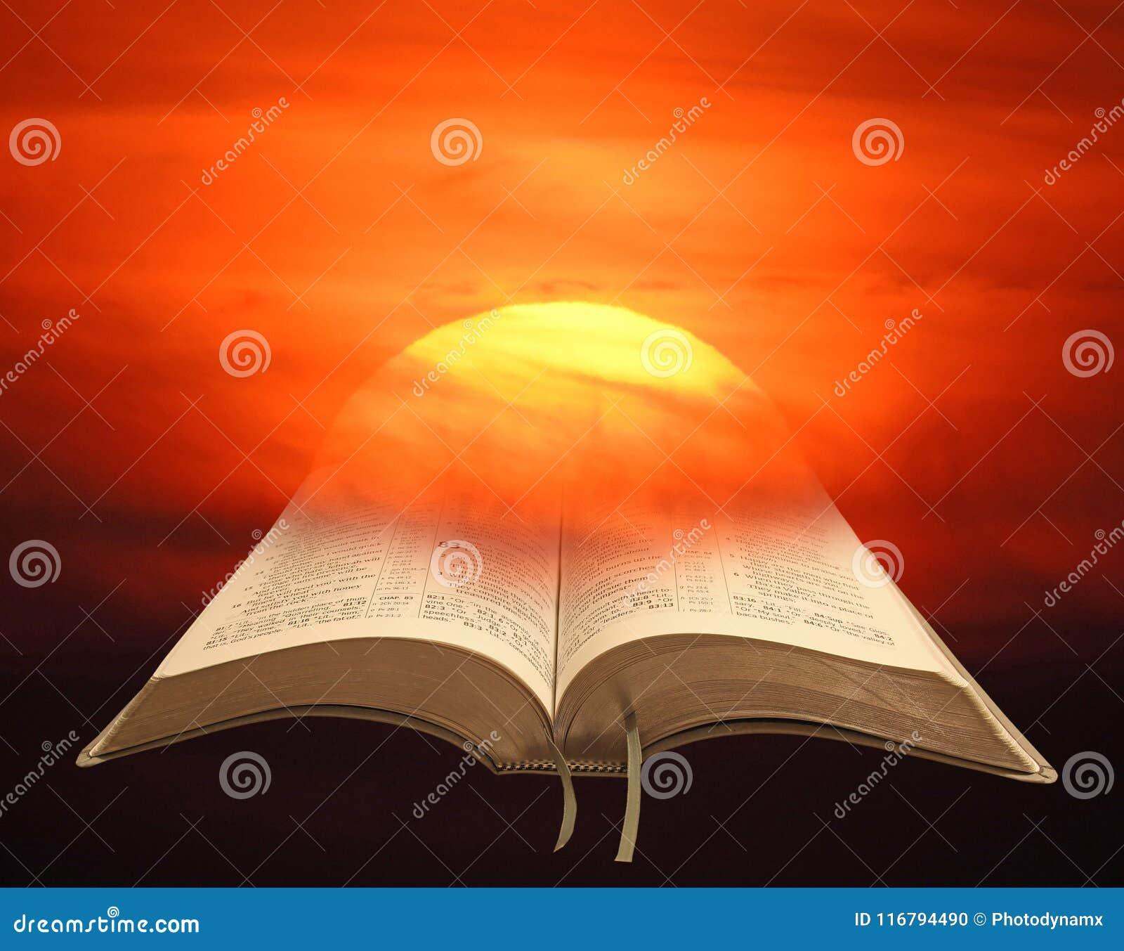 El cielo de la pintura del watercolour de la puesta del sol se nubla la biblia del arte