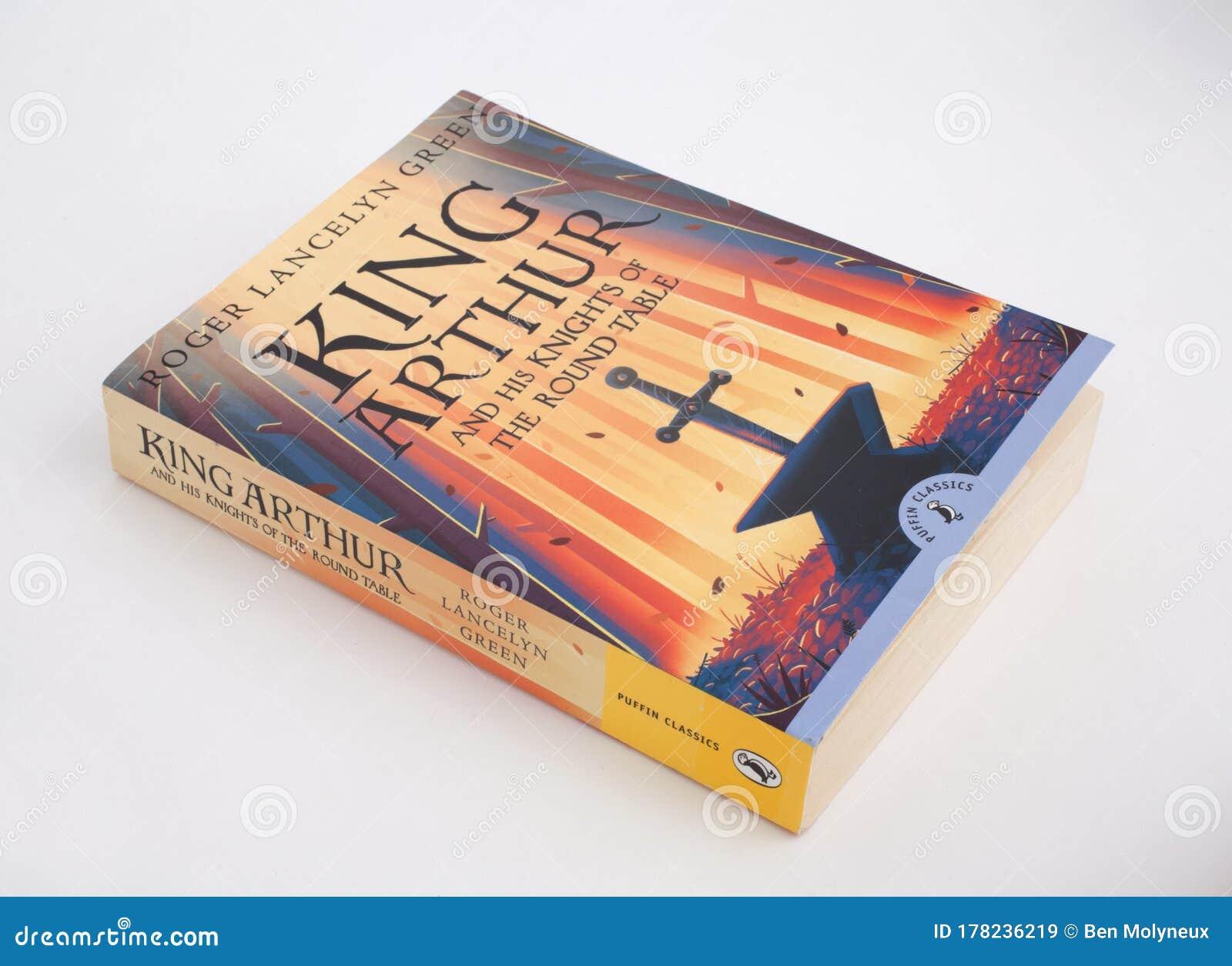El Clásico Libro King Arthur Y Los Caballeros De La Mesa Redonda De Roger Lancelyn Green Imagen De Archivo Editorial Imagen De Mesa Arthur 178236219