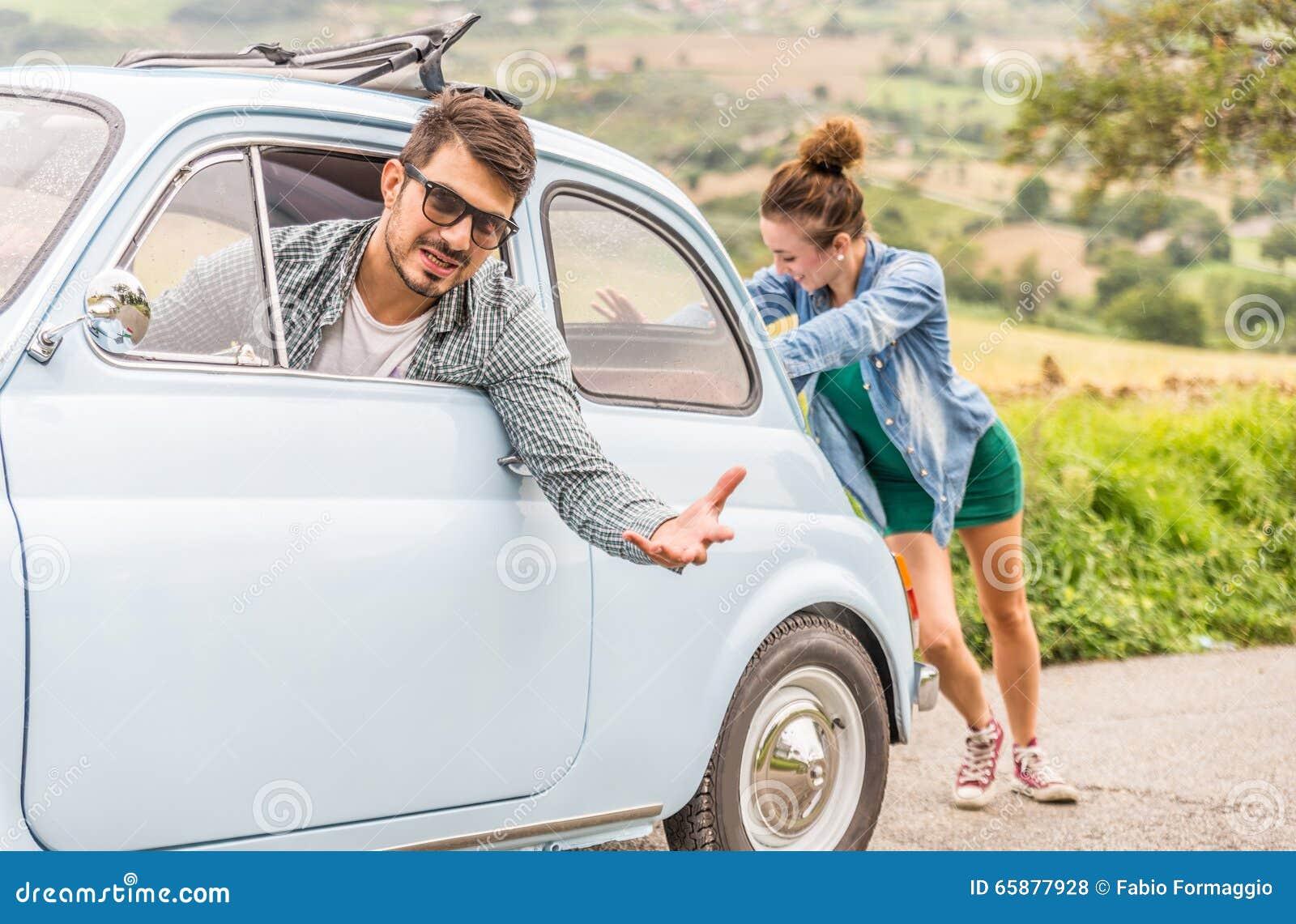 El coche analiza