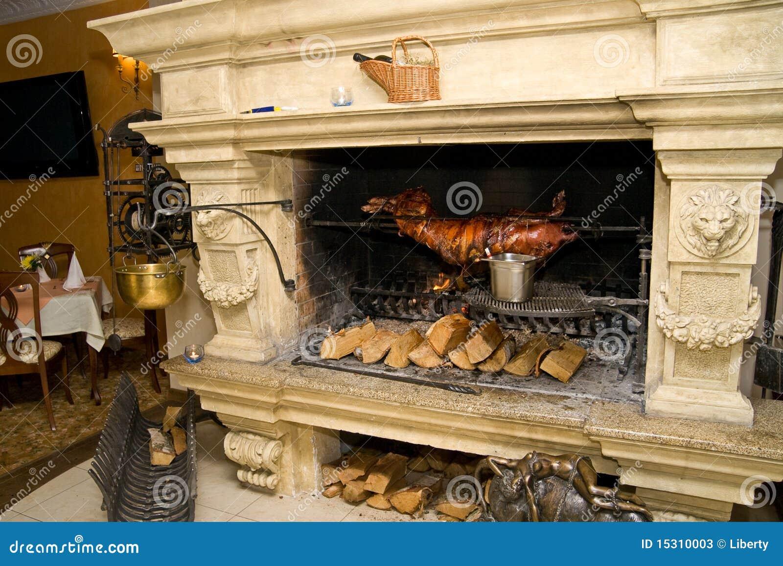 El cocinar de la chimenea fotos de archivo imagen 15310003 - Cocinar en la chimenea ...