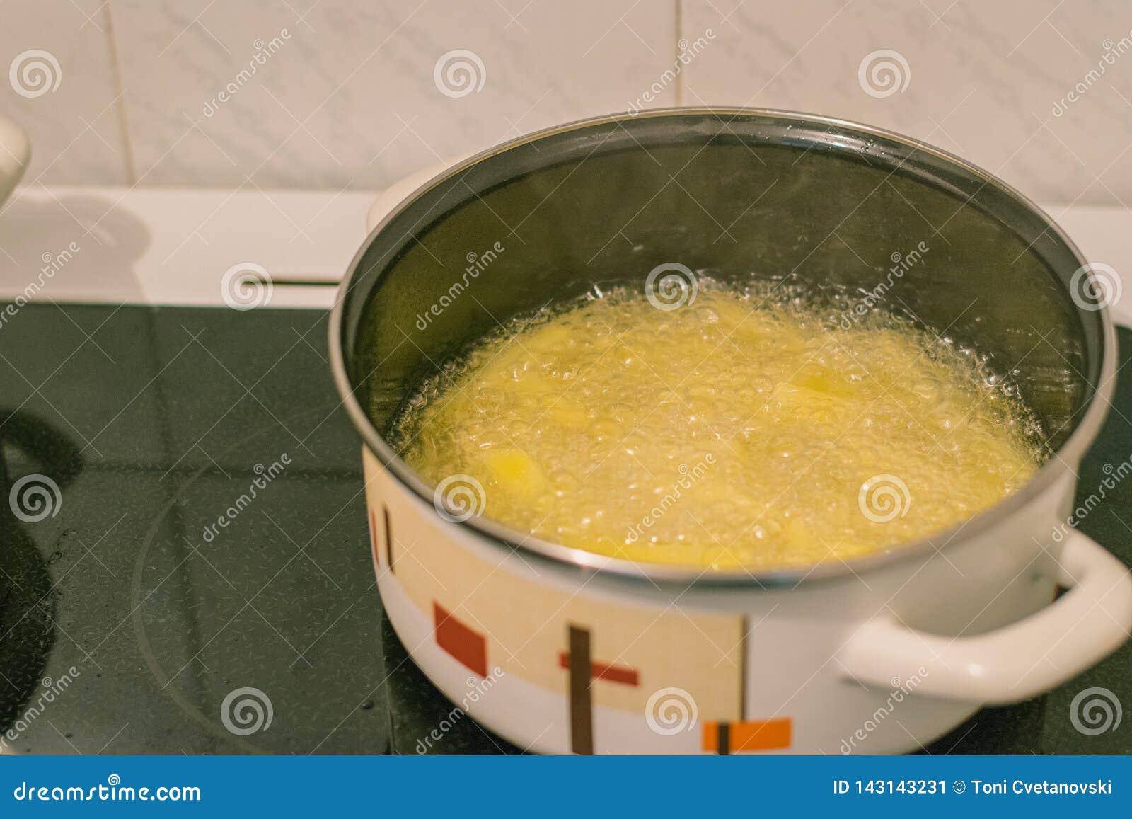 El cocinar en la cocina