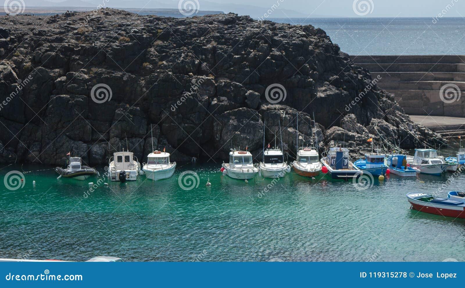 El Cotillo little harbour