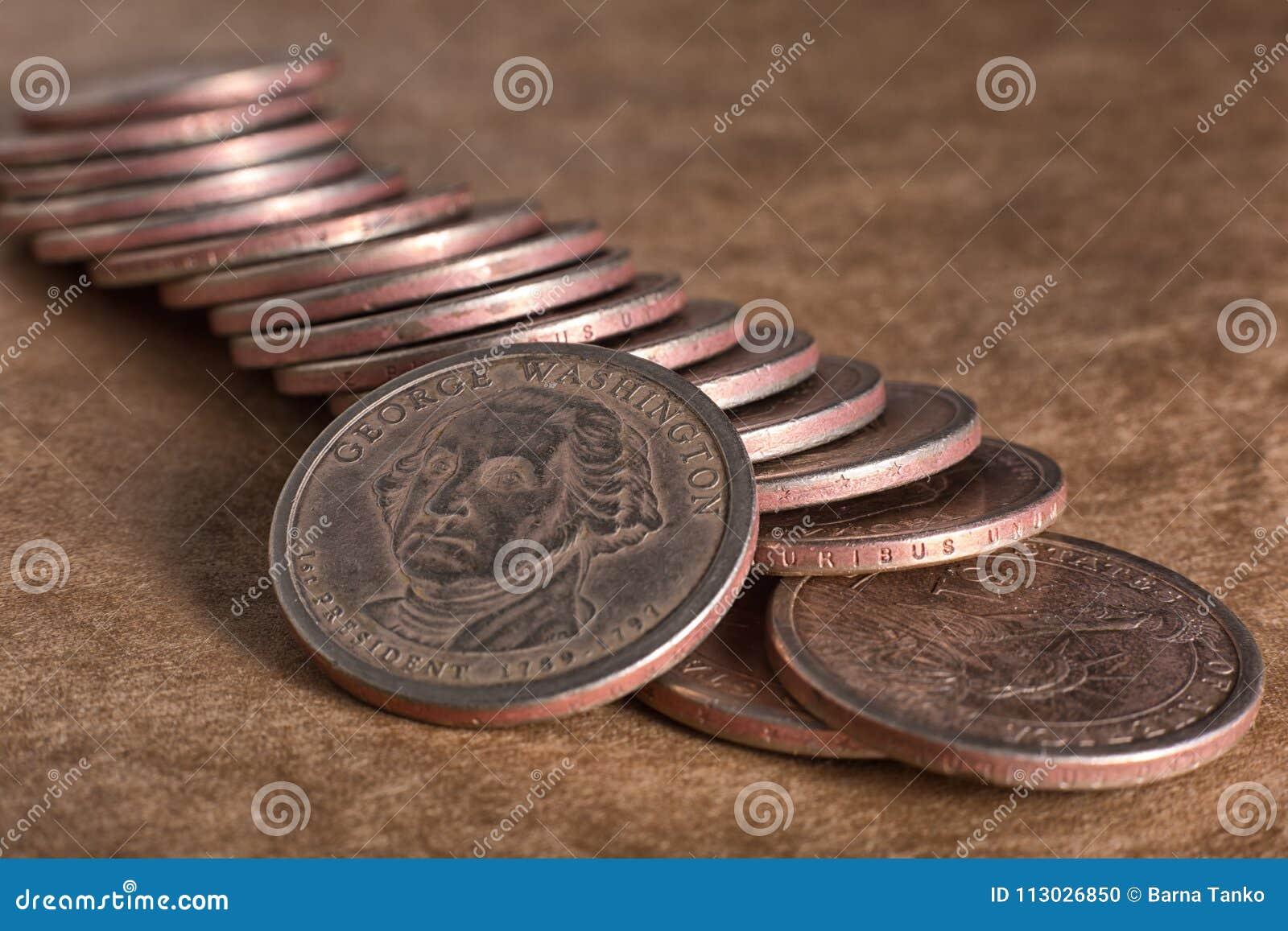 El dólar de Estados Unidos acuña el primer