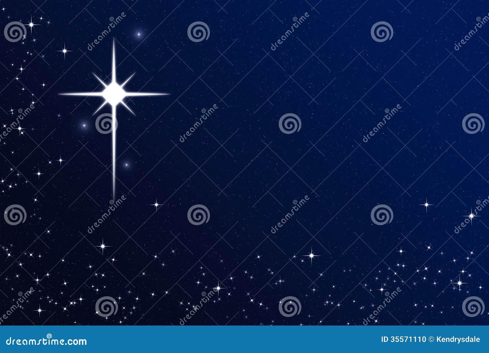 El desear en una estrella estrellada del cielo nocturno de for La camera del cielo