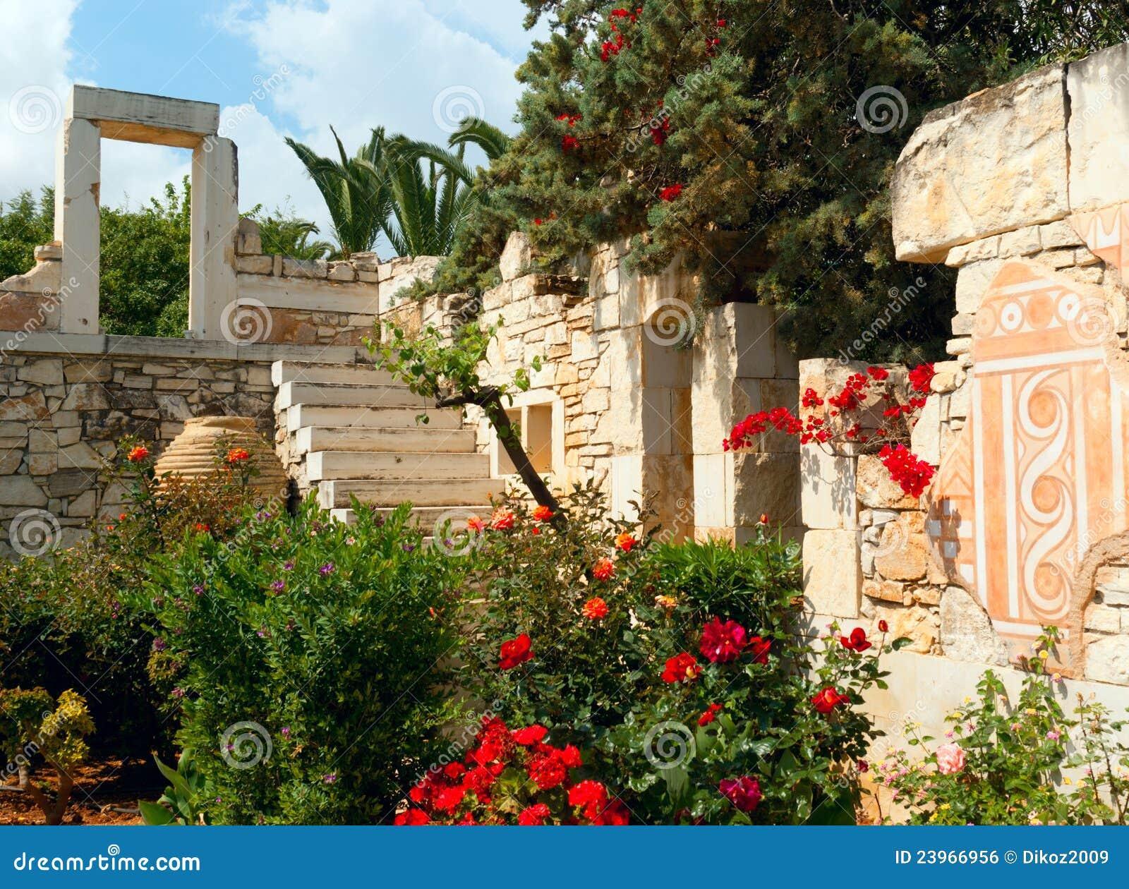 El dise o griego antiguo del estilo en jard n imagen de for Diseno jardin mediterraneo