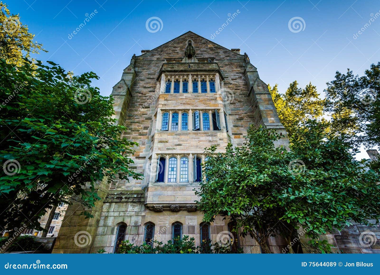 El edificio del sur de Berkeley College en Yale University, en el Ne