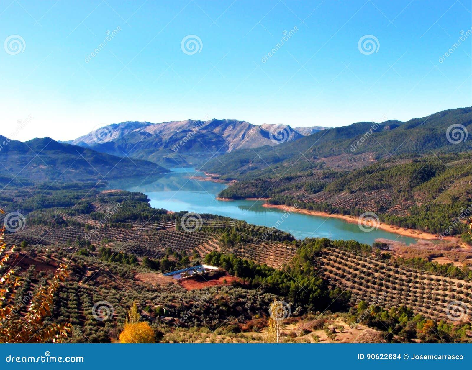 El pantano mas grande de espana
