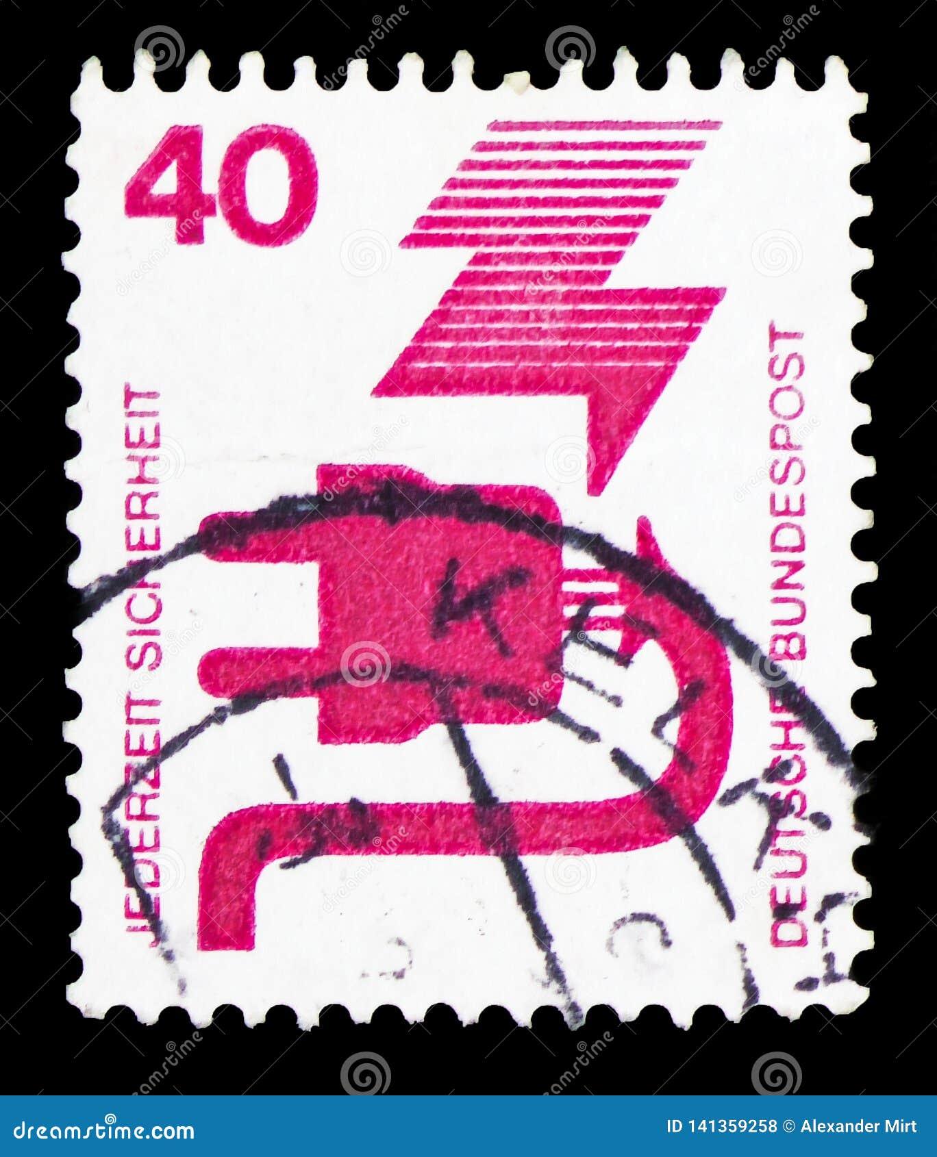 El enchufe defectuoso, previene el serie de los accidentes, circa 1972