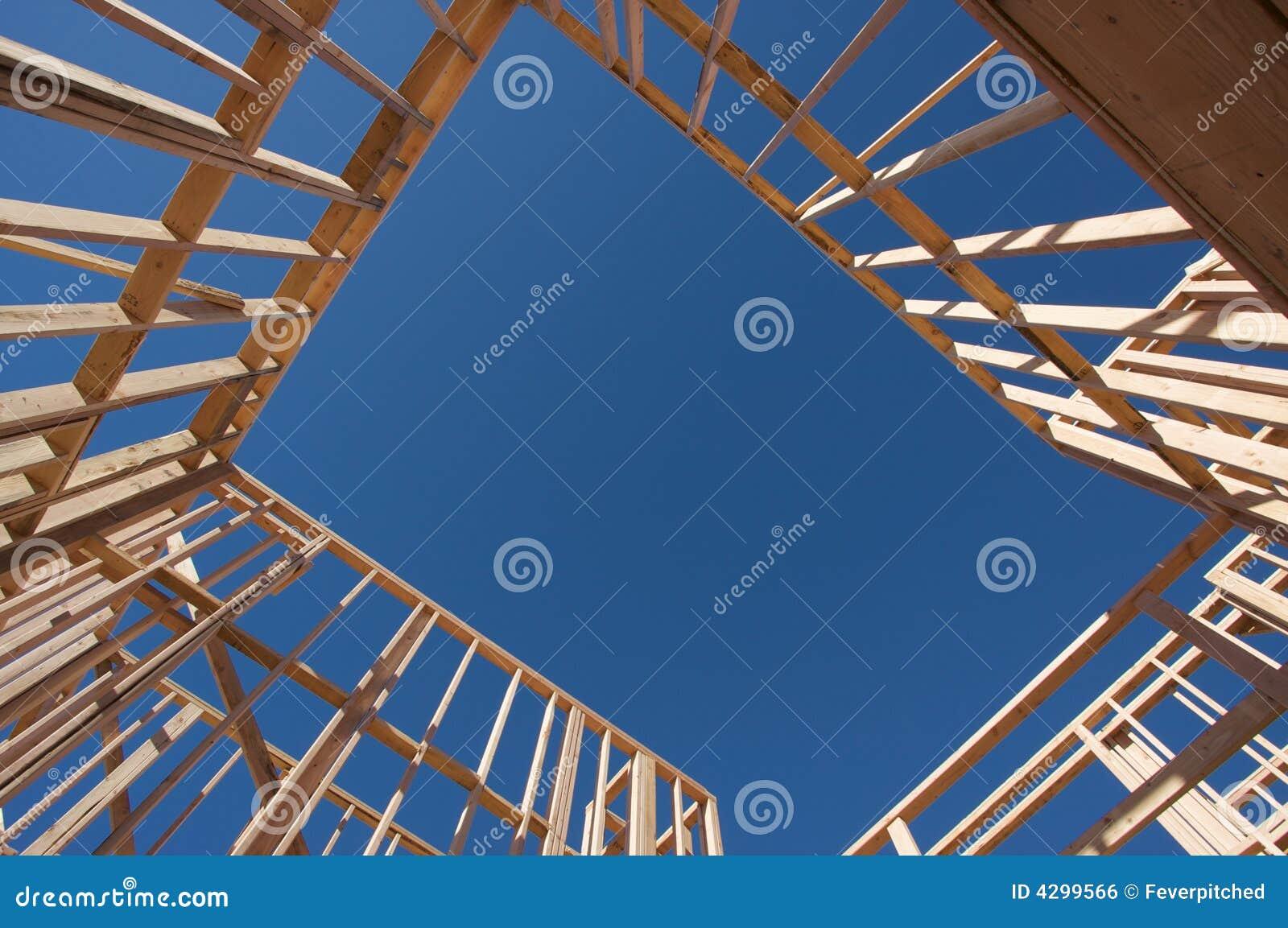 El enmarcar del hogar de la construcción.