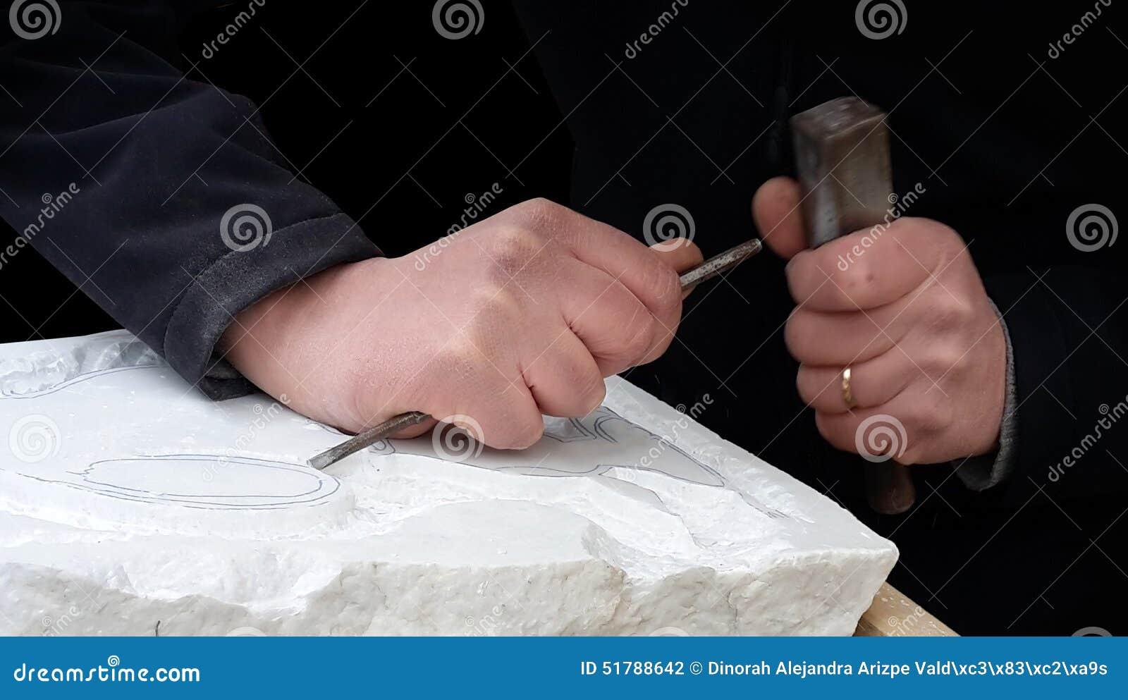 El esculpir de m rmol foto de archivo imagen 51788642 for De donde viene el marmol