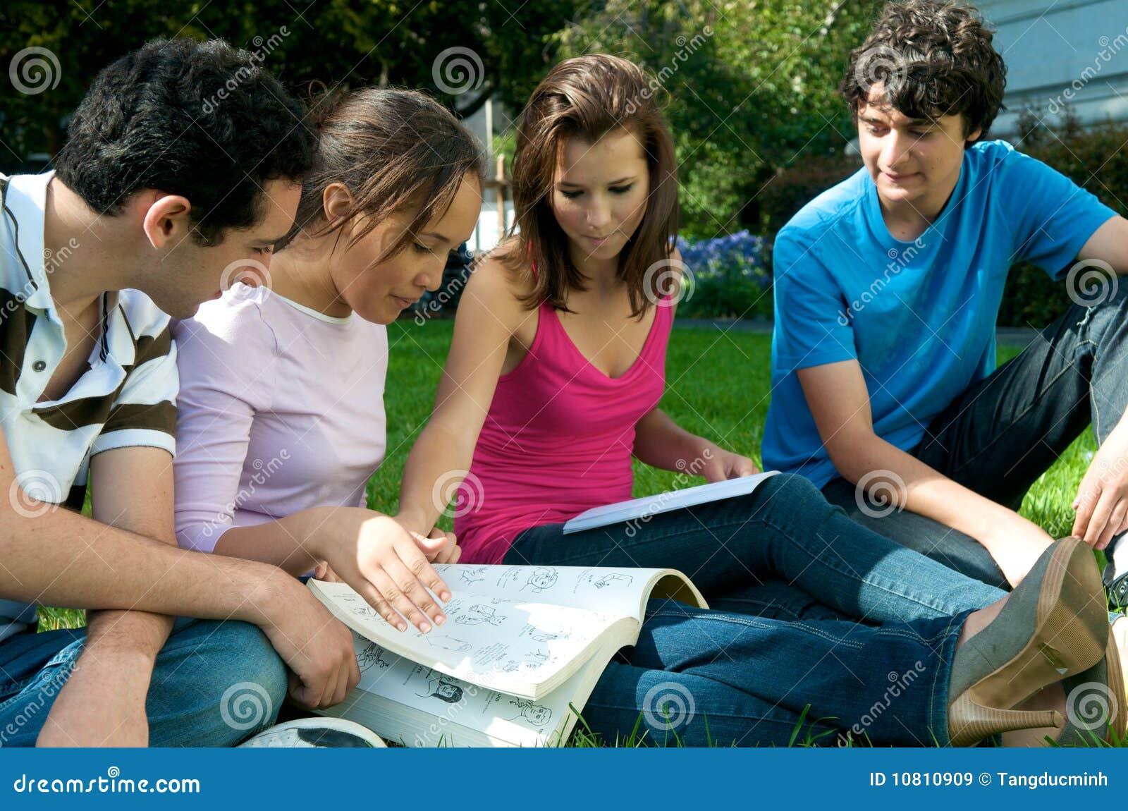 el grupo los adolescentes: