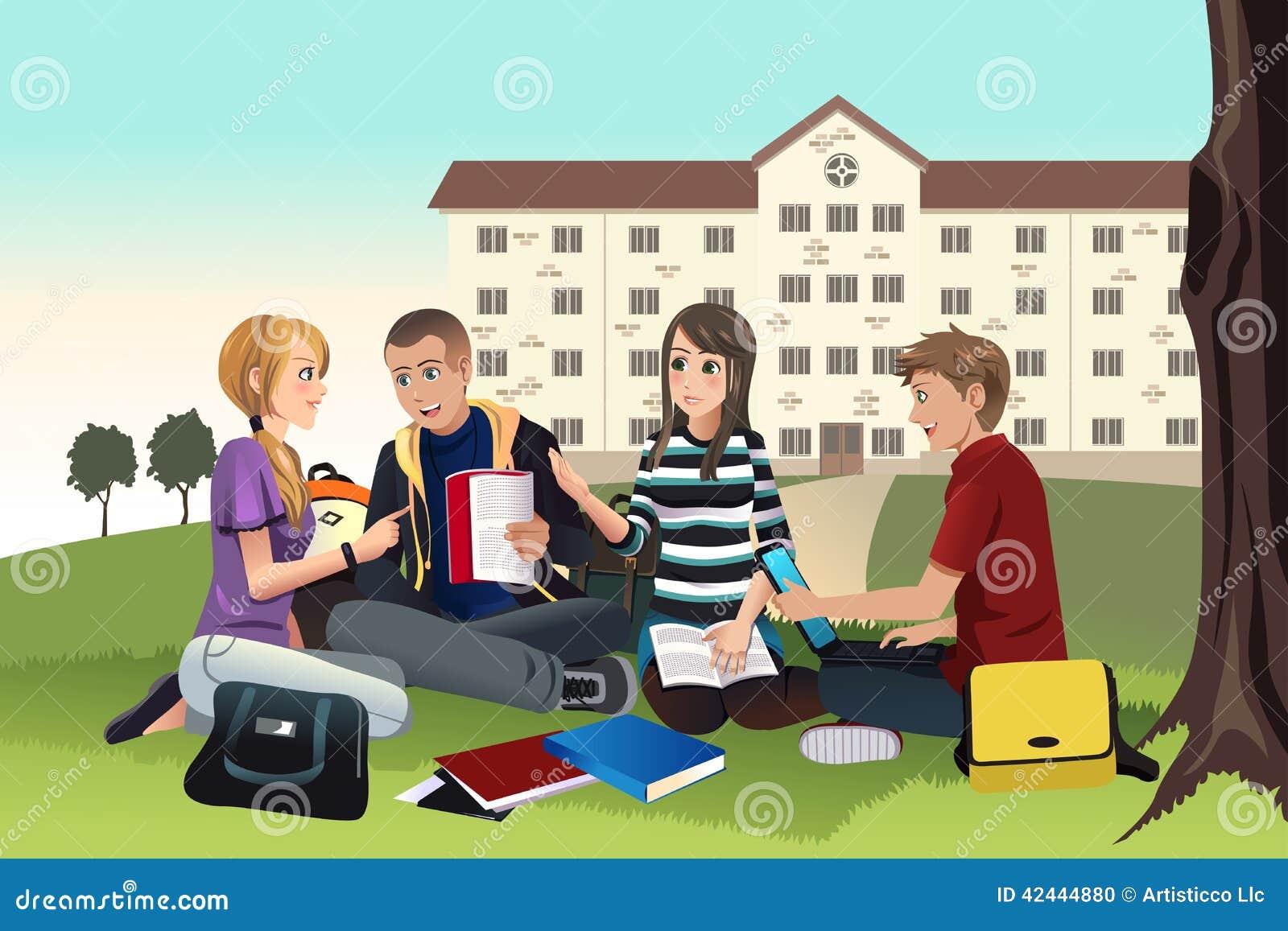 El estudiar de los estudiantes universitarios al aire libre