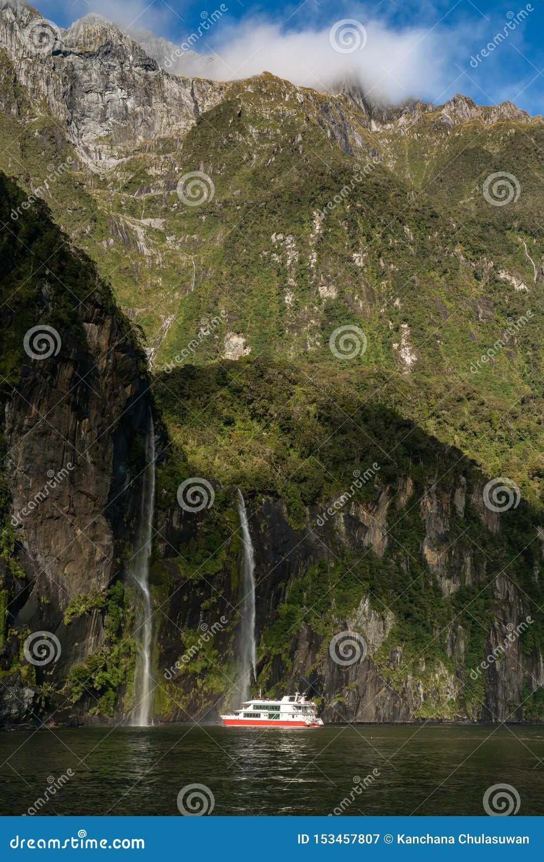El fiord de Milford Sound Parque nacional de Fiordland