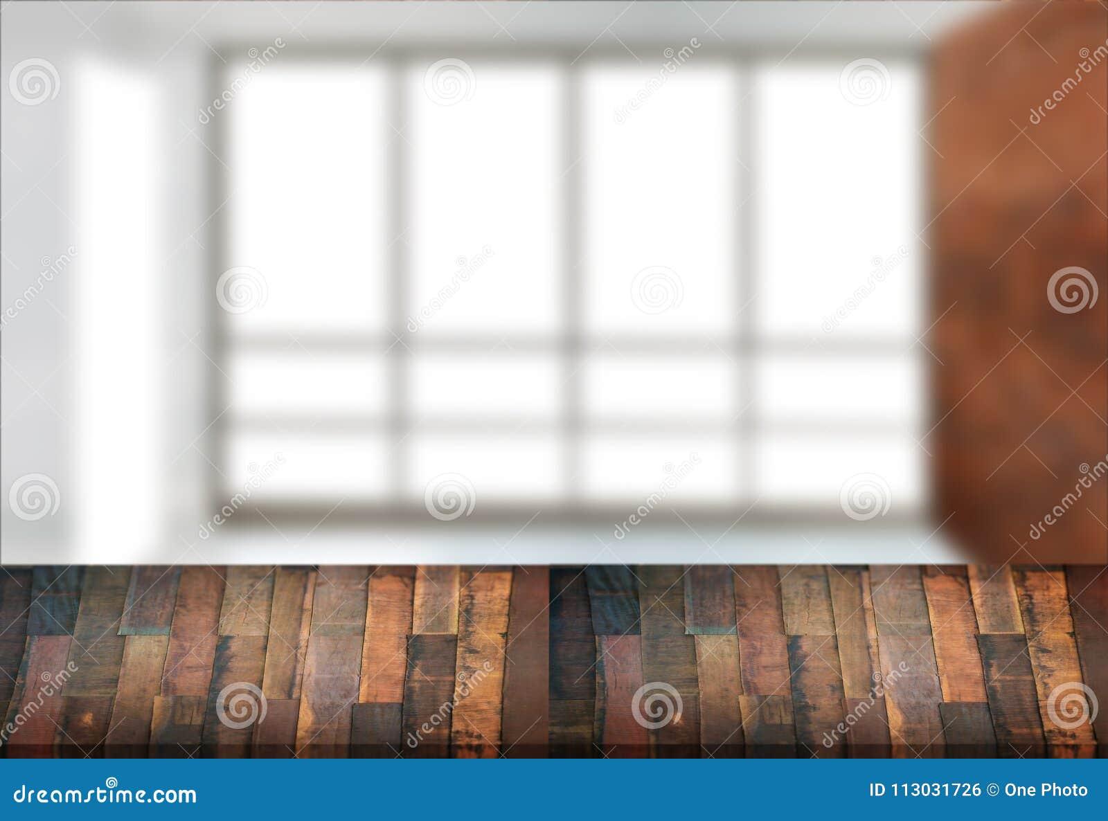 El fondo borroso ventana vacía de la tabla del tablero de madera puede ser utilizado