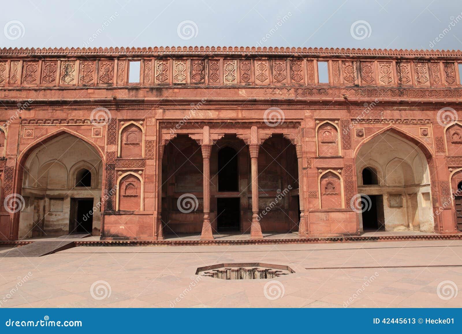 El fuerte rojo de Agra la India