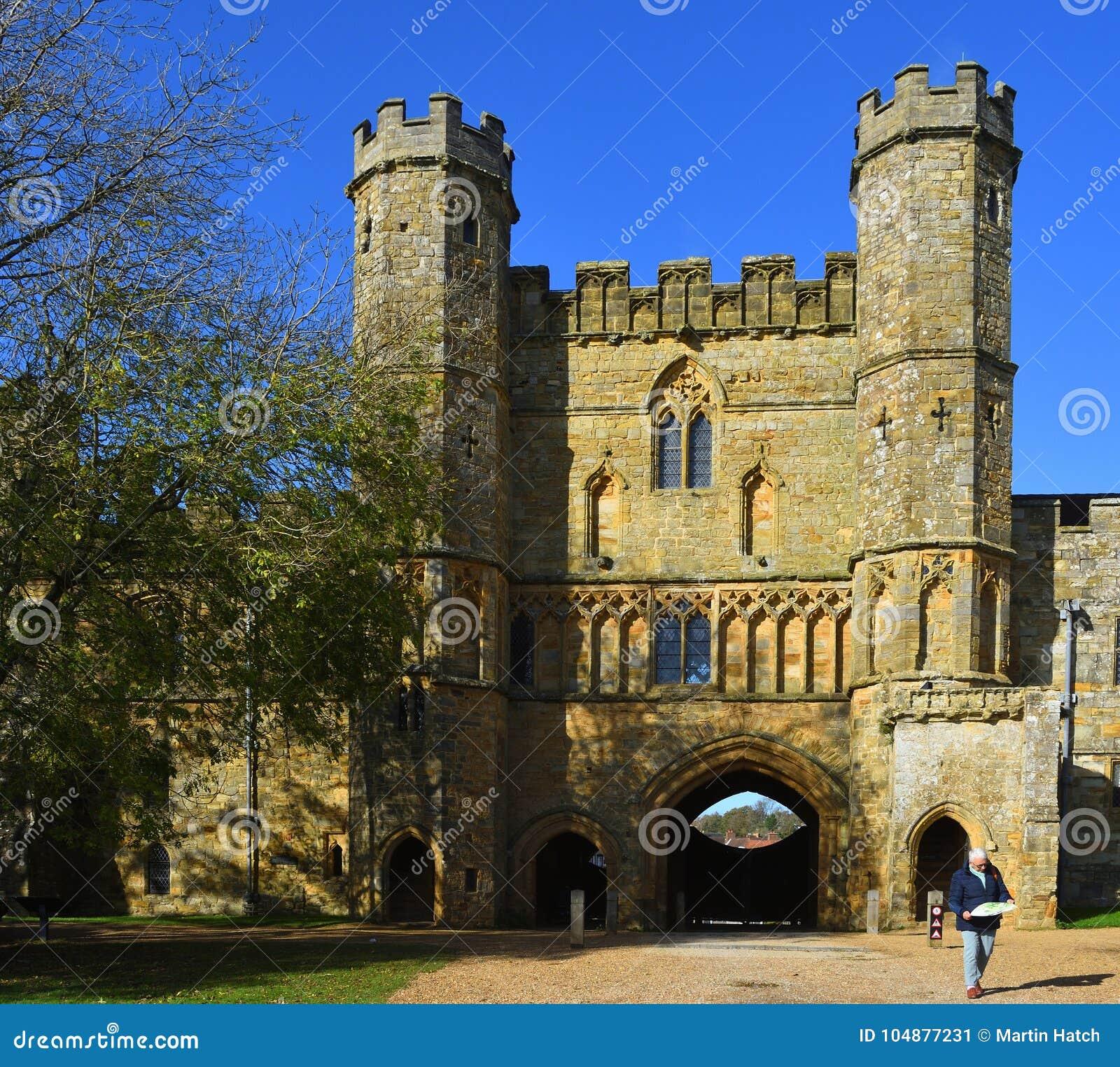 El Gatehouse de la batalla Abbey East Sussex empleado el sitio de la batalla Hastings