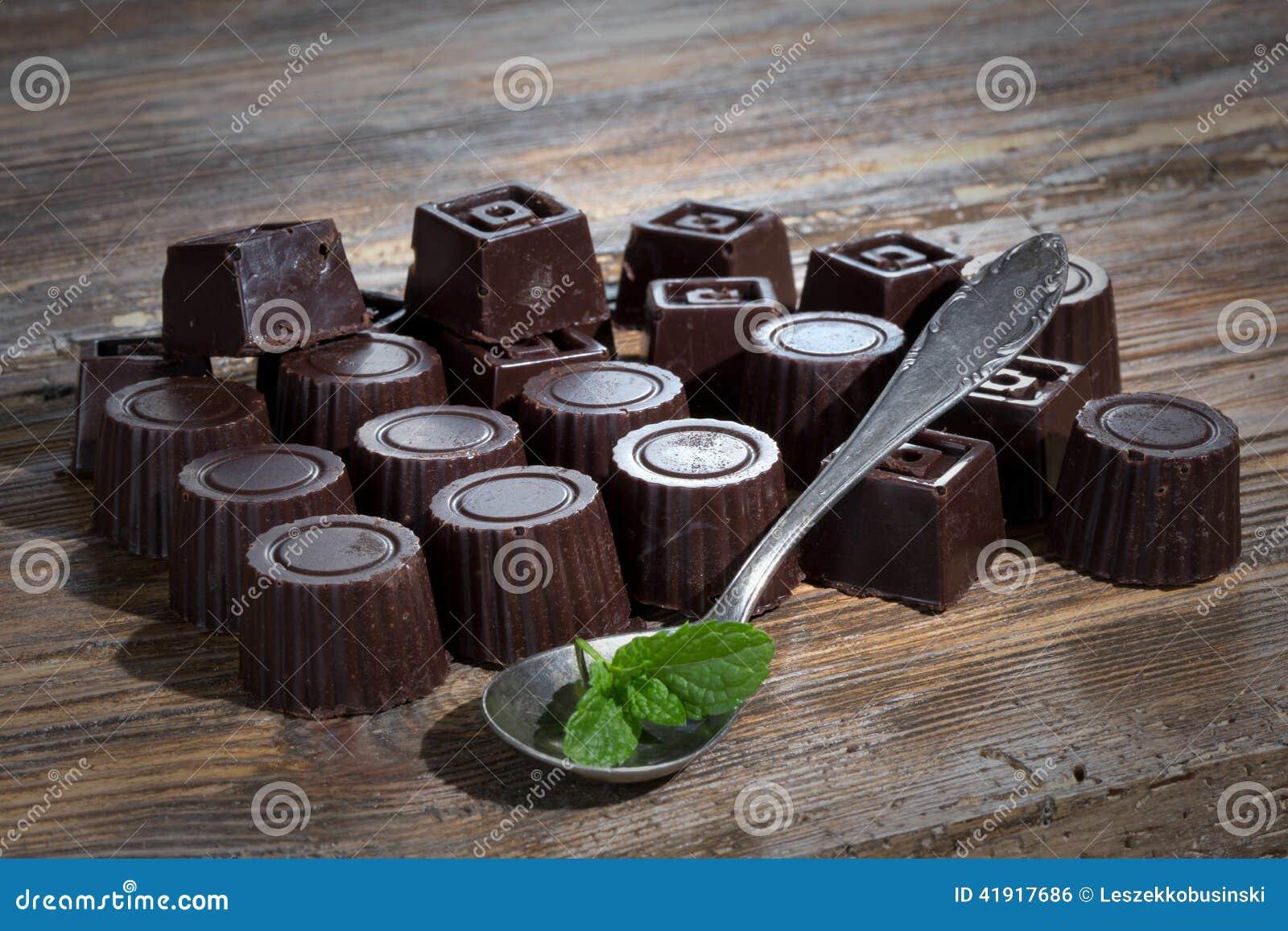 El hogar hizo el chocolate oscuro