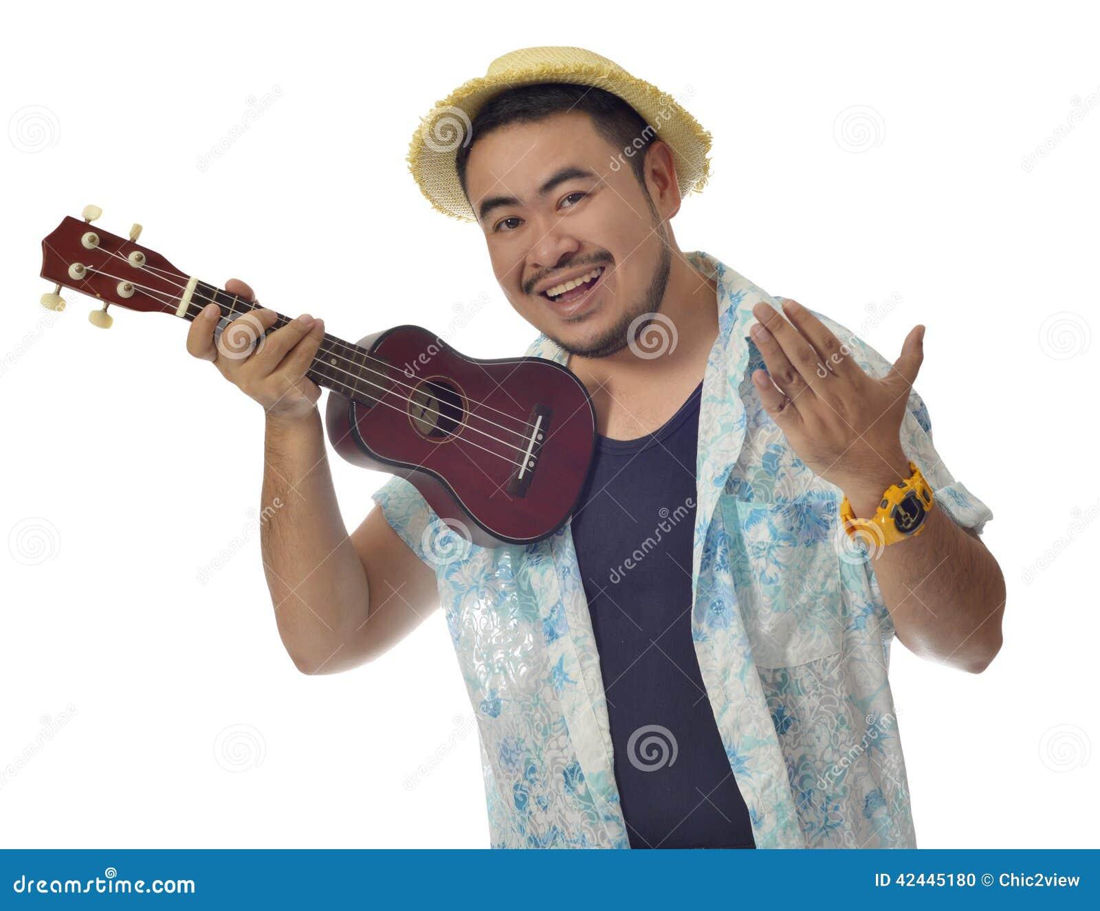 Download El Hombre Asiático Feliz Invita Para Jugar El Fondo Del Aislante Del Ukelele Foto de archivo - Imagen de hombre, bigote: 42445180