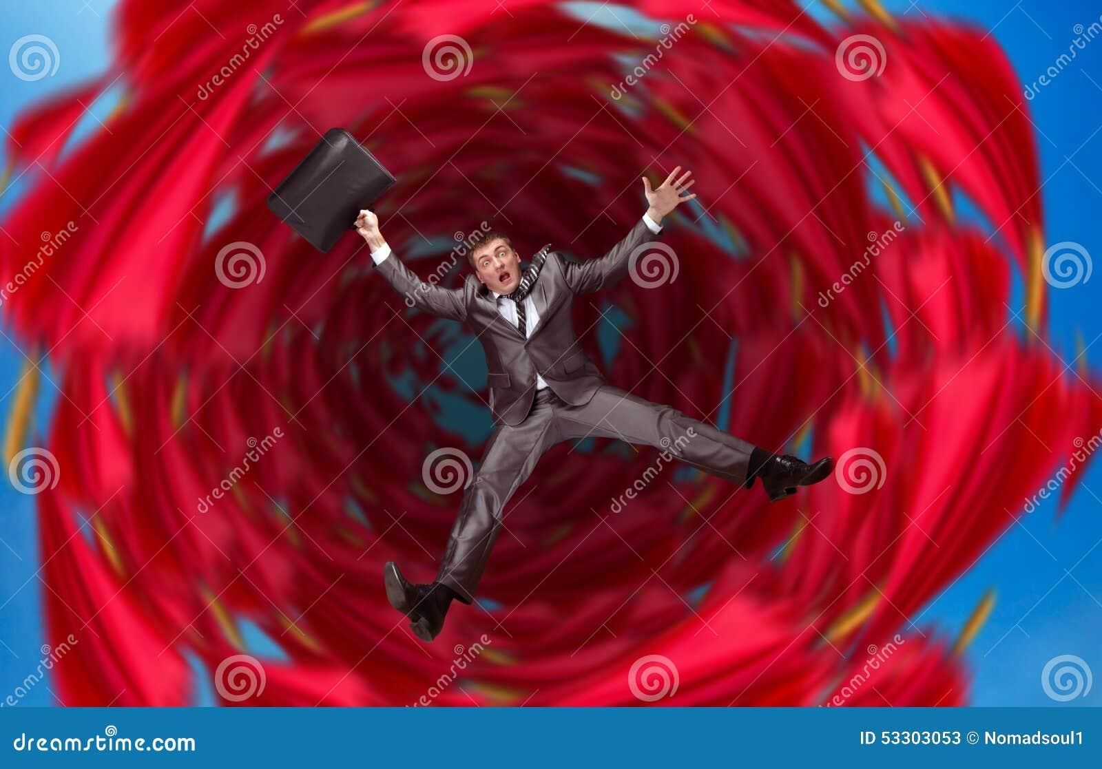 El hombre de negocios cae en abismo