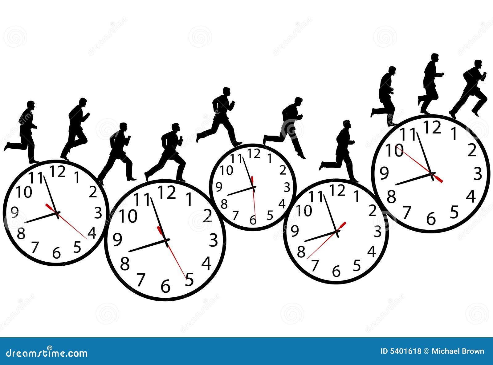 El hombre de negocios en una prisa se ejecuta en los relojes de tiempo