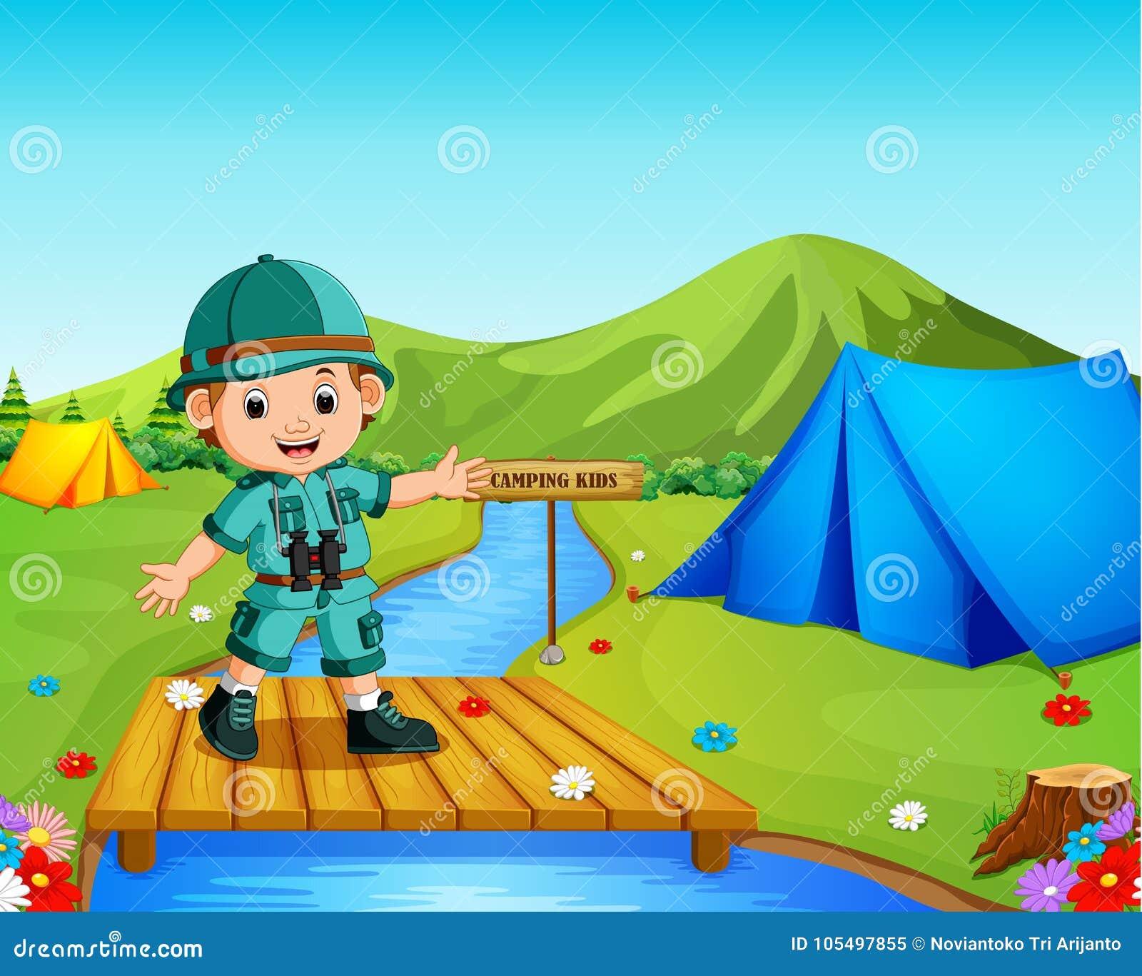 El hombre disfruta de las vacaciones tropicales de Forest Traveler Hiking On Adventure de la visión