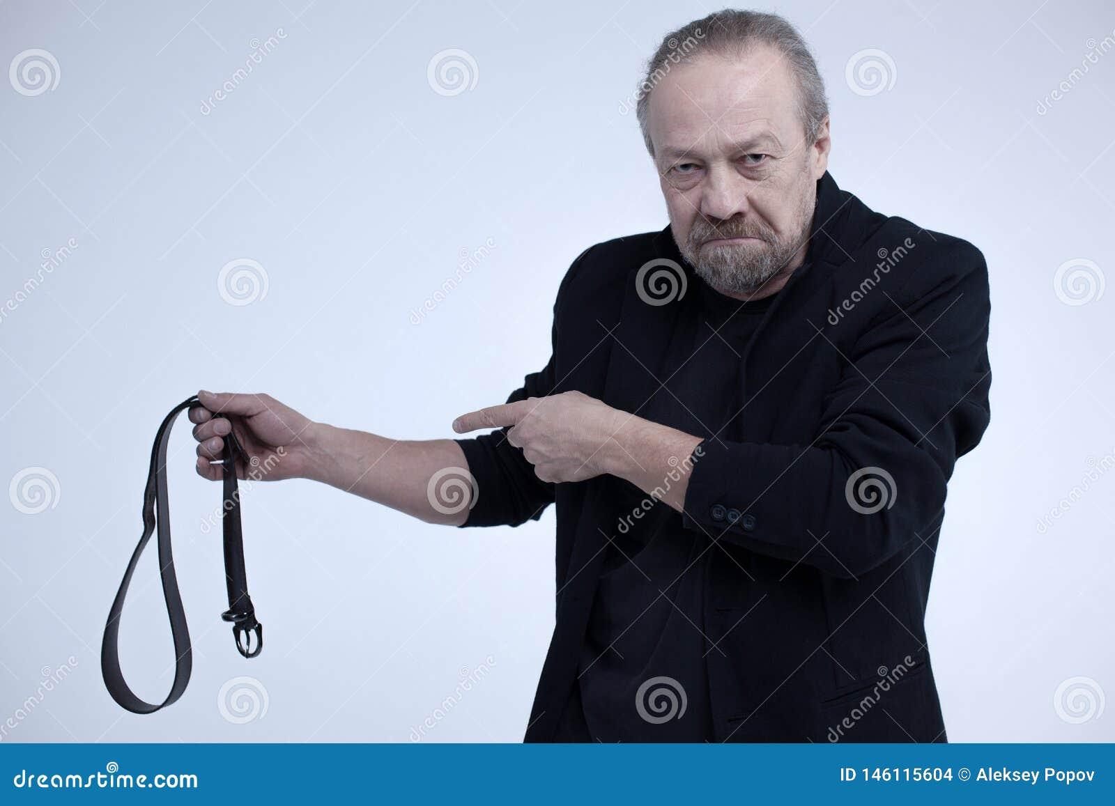 castigar al viejo
