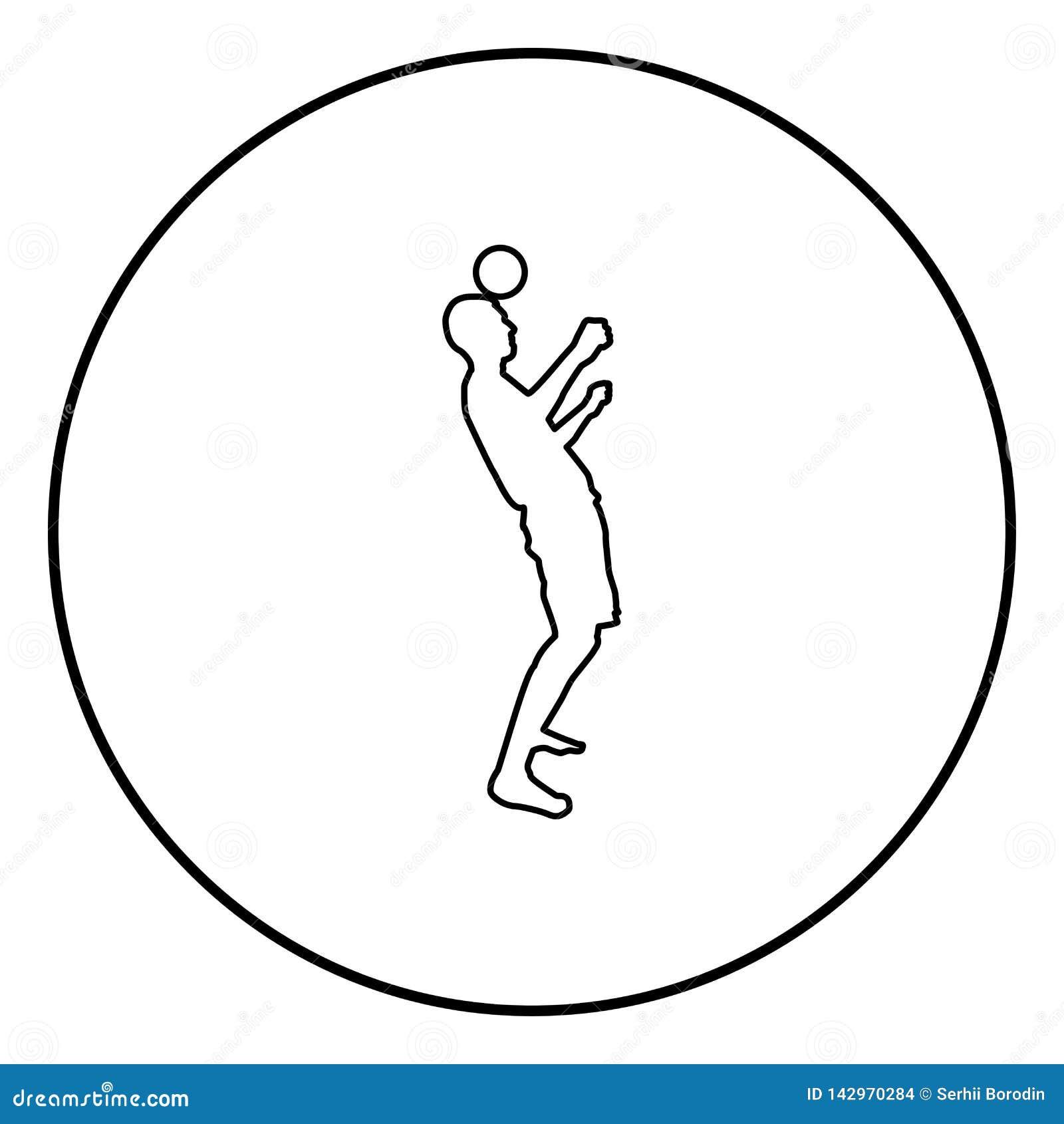 El hombre golpea la bola con el pie en la cabeza Bola de los golpecitos del jugador de fútbol con su truco que hace juegos malaba
