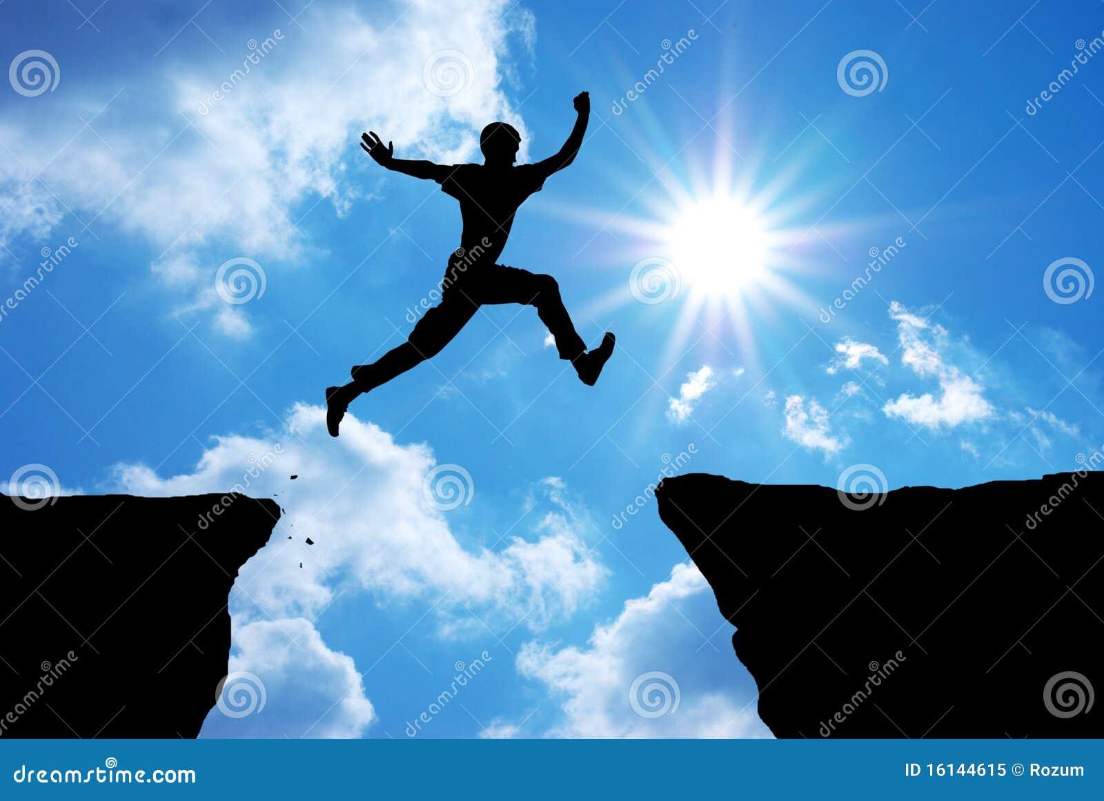 El hombre salta