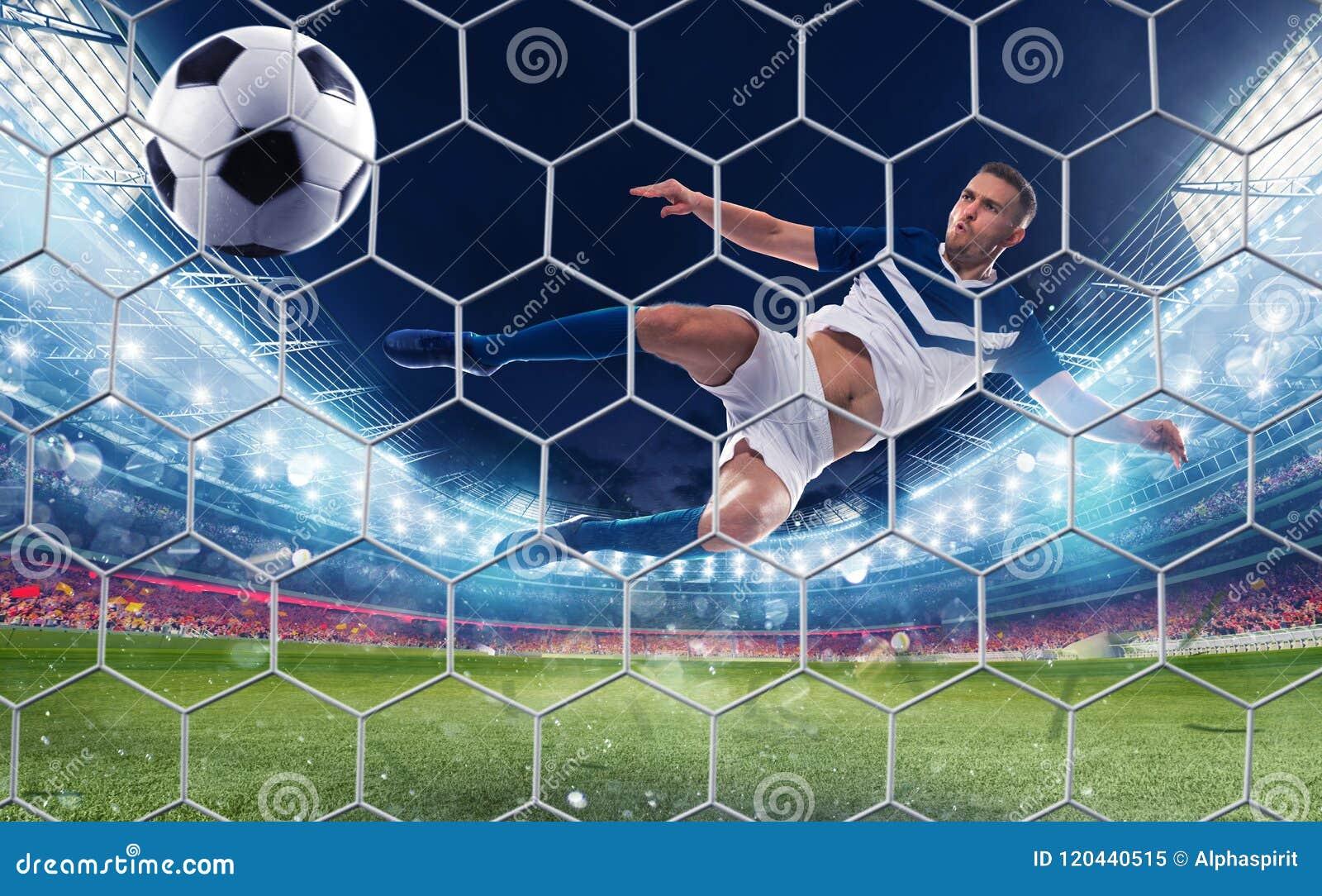 El huelguista del fútbol golpea la bola con un retroceso de salto