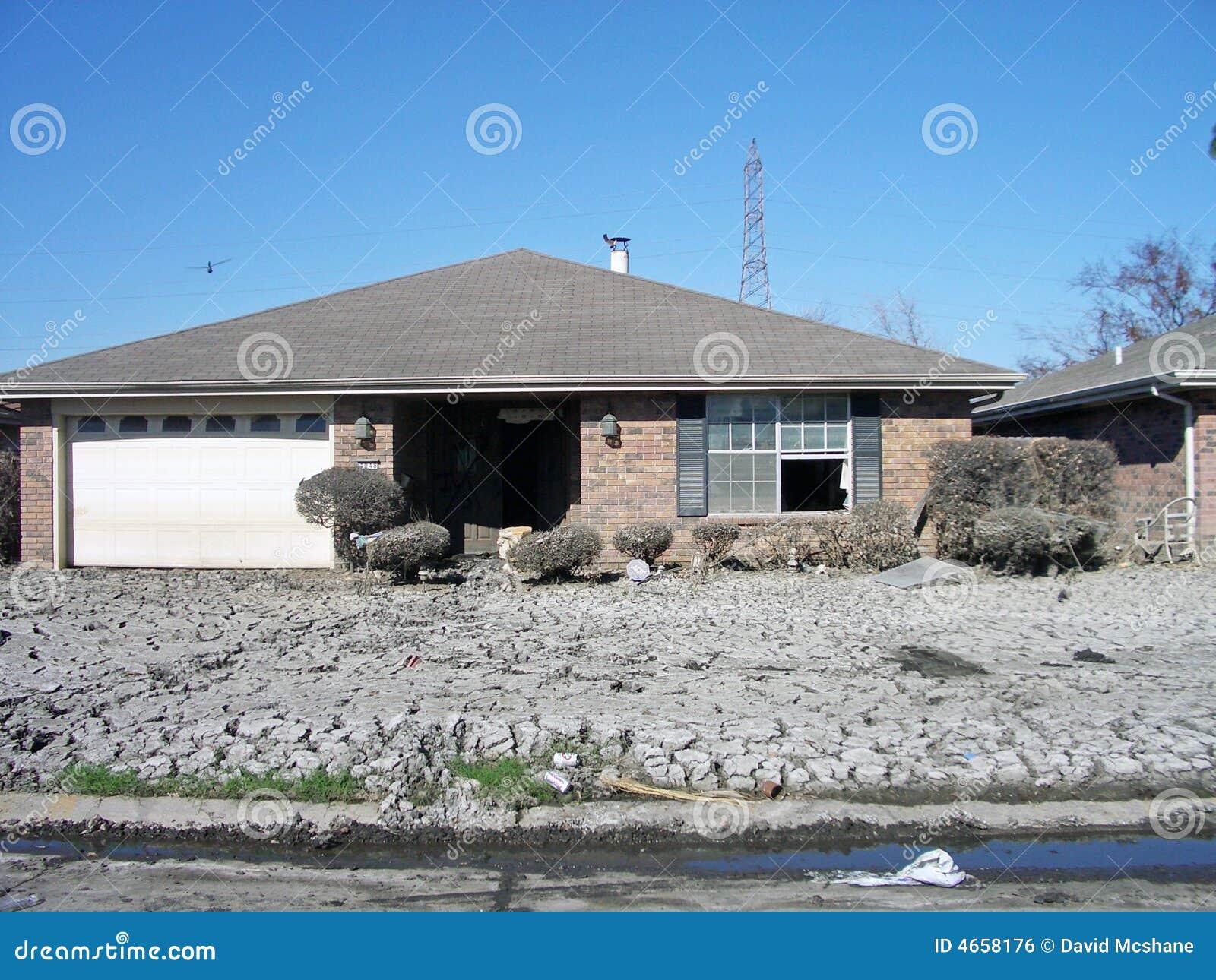 El huracán Katrina endureció fango