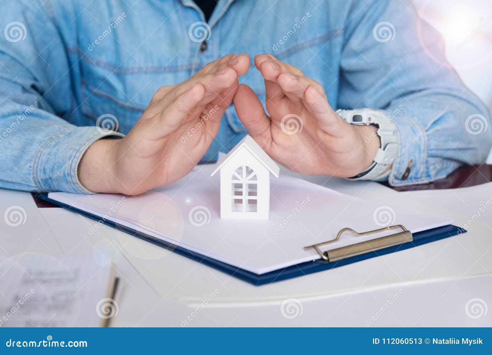 El ingeniero planea seguridad en el hogar del sitsemu