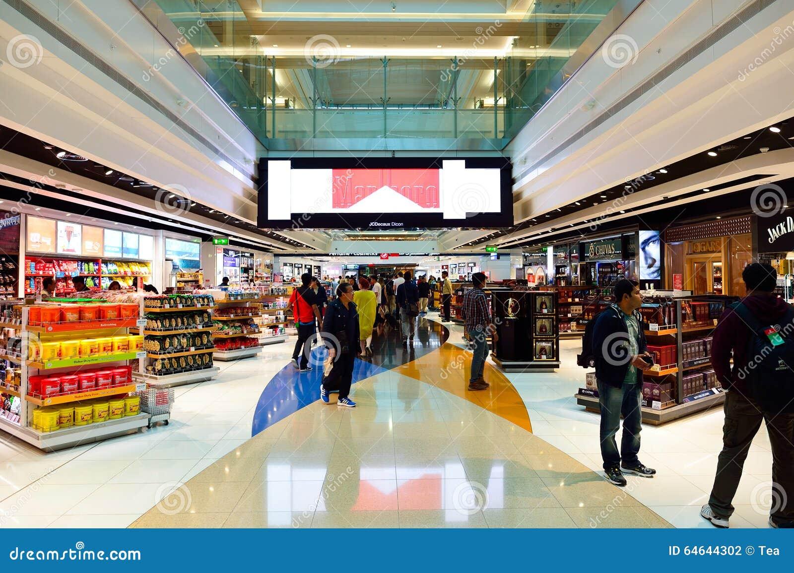 El Interior Con Franquicia Del área De Compras De Dubai Fotografía ...