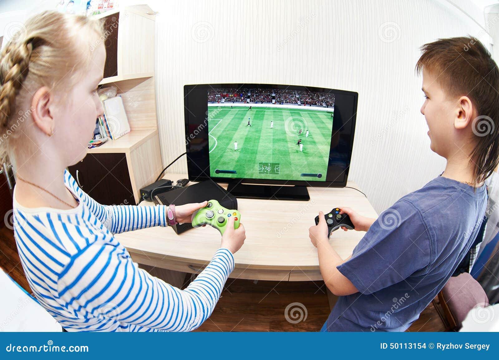 El jugar de ni os en la consola de los juegos para jugar a for Sillas para jugar xbox