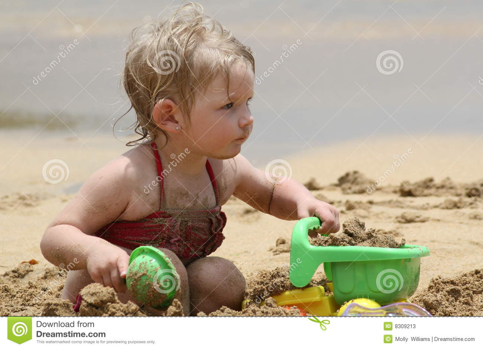 El jugar en la arena