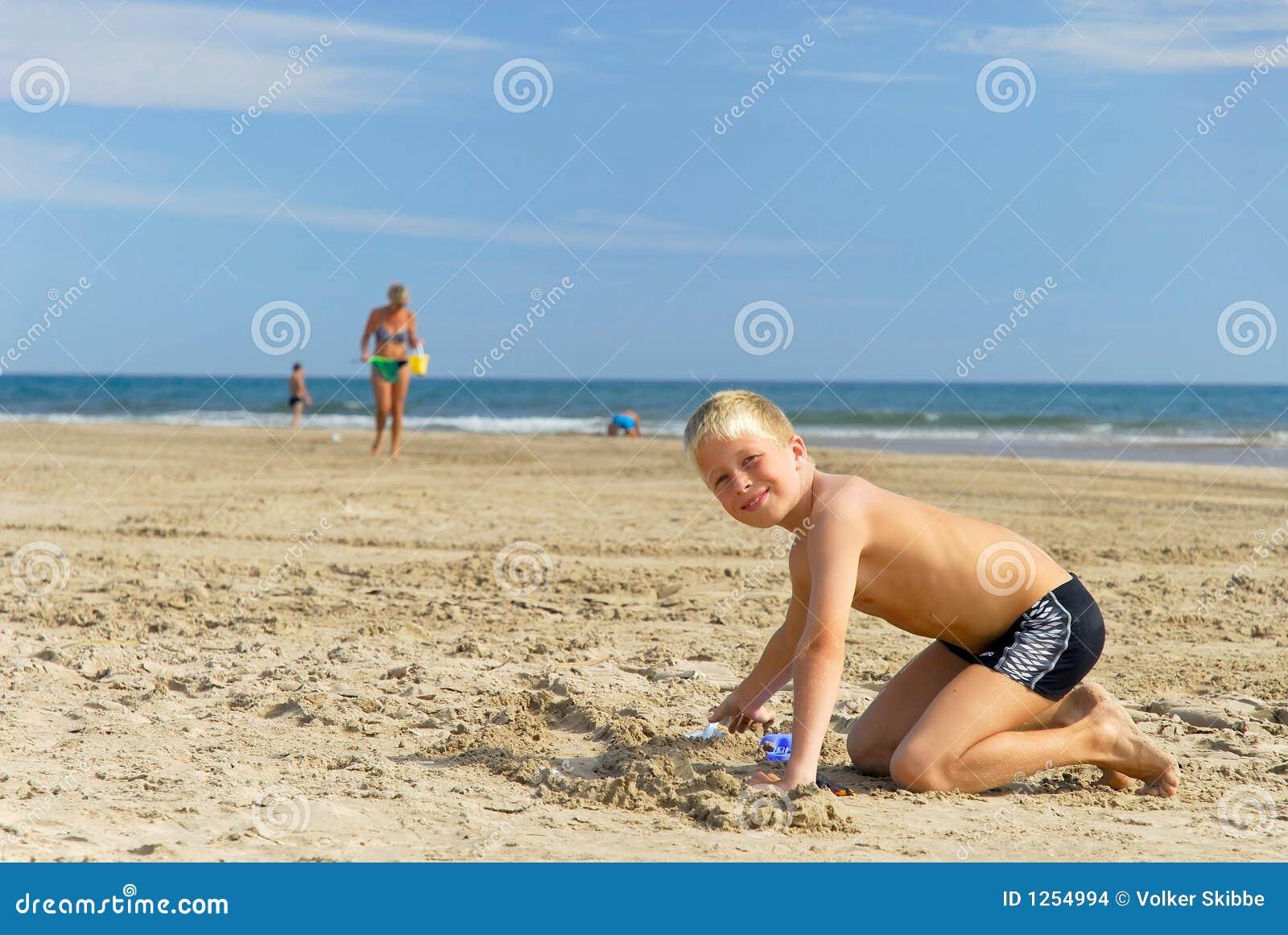 El jugar en la playa 4