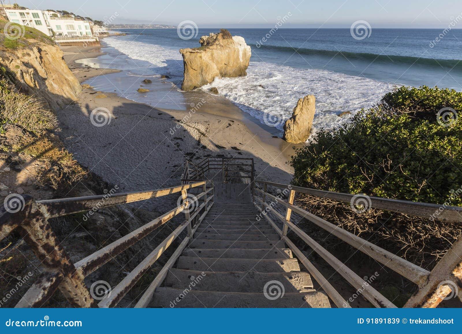 EL Matador State Beach Stairs di Malibu California
