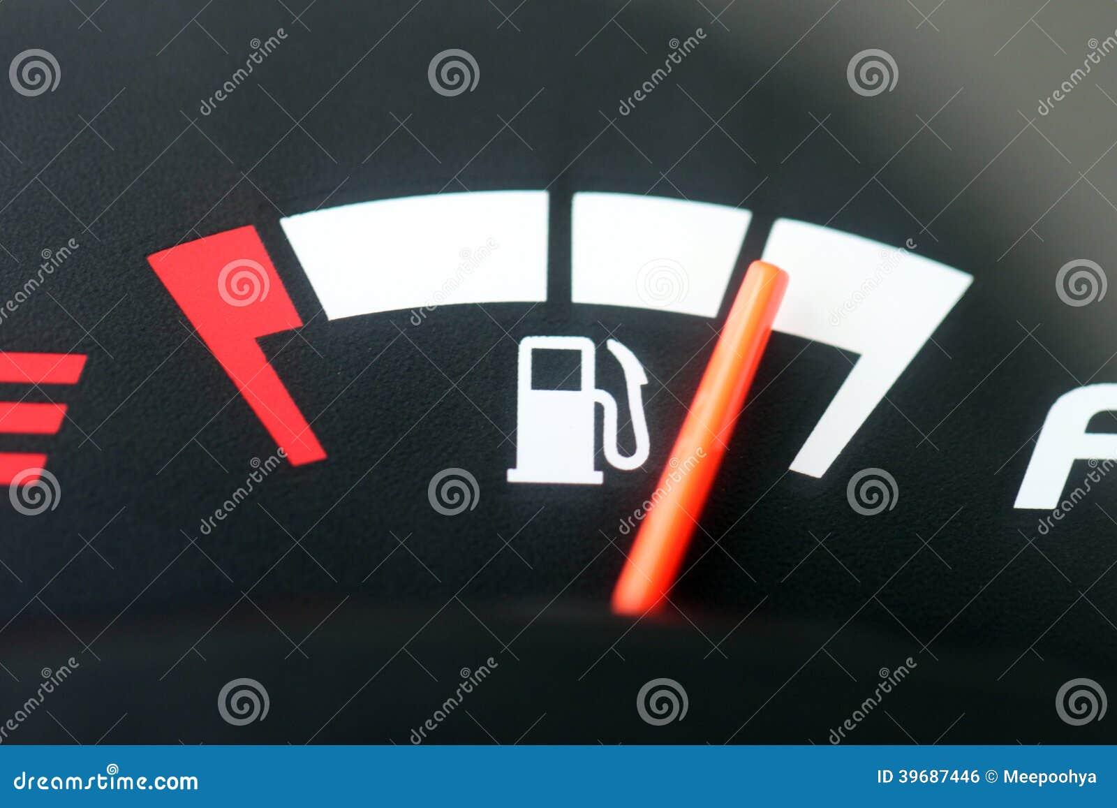 El metro exhibe el nivel de combustible