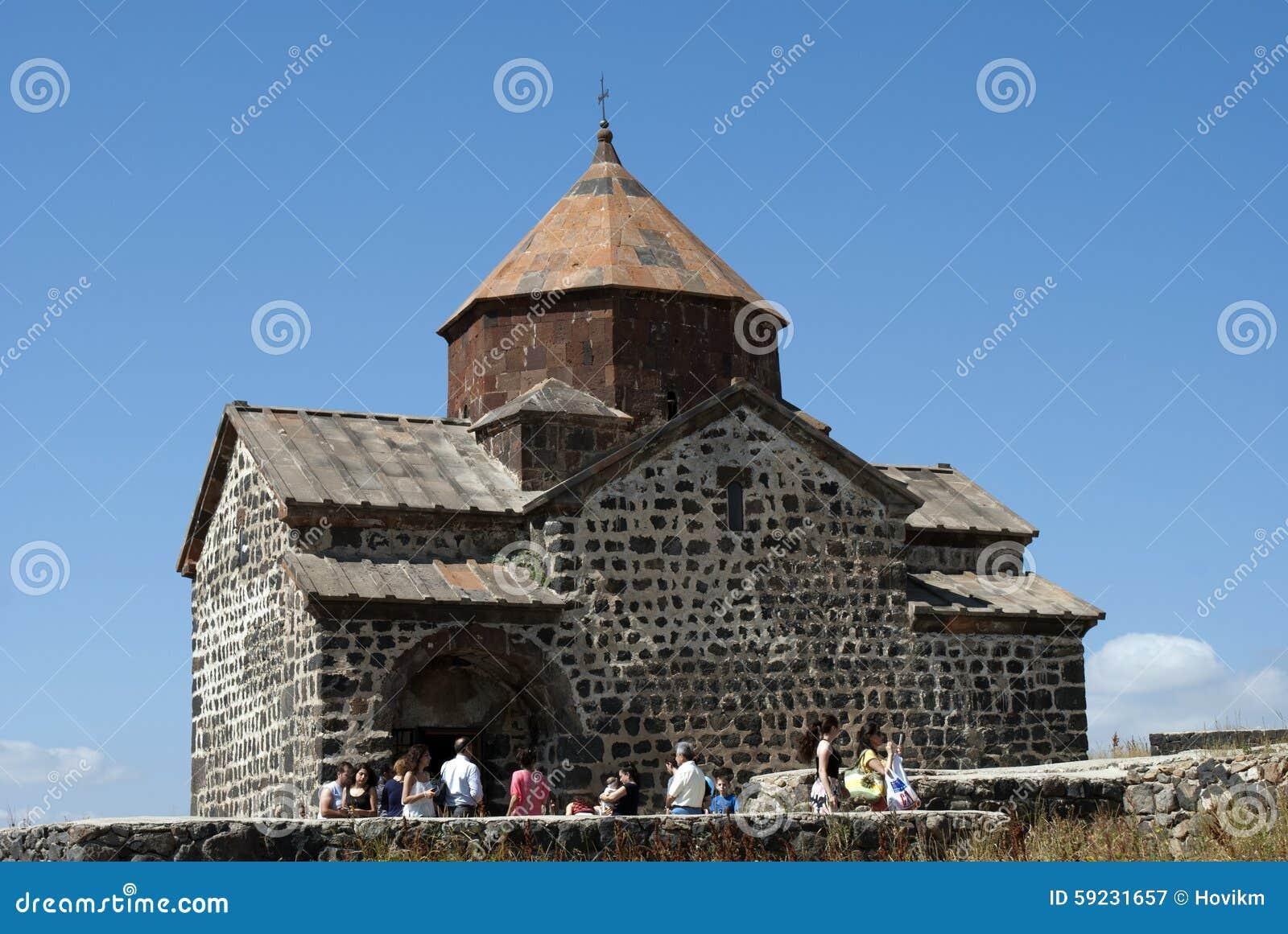 Download El Monasterio O El Sevanavank (iglesia) De La Isla En La Isla De Sevan, Armenia Fotografía editorial - Imagen de permanezca, armenia: 59231657