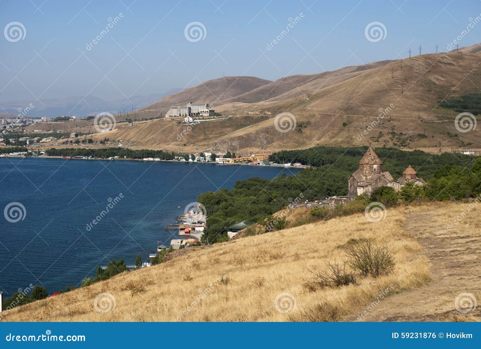 Download El Monasterio O El Sevanavank (iglesia) De La Isla En La Isla De Sevan, Armenia Foto de archivo - Imagen de mariam, isla: 59231876
