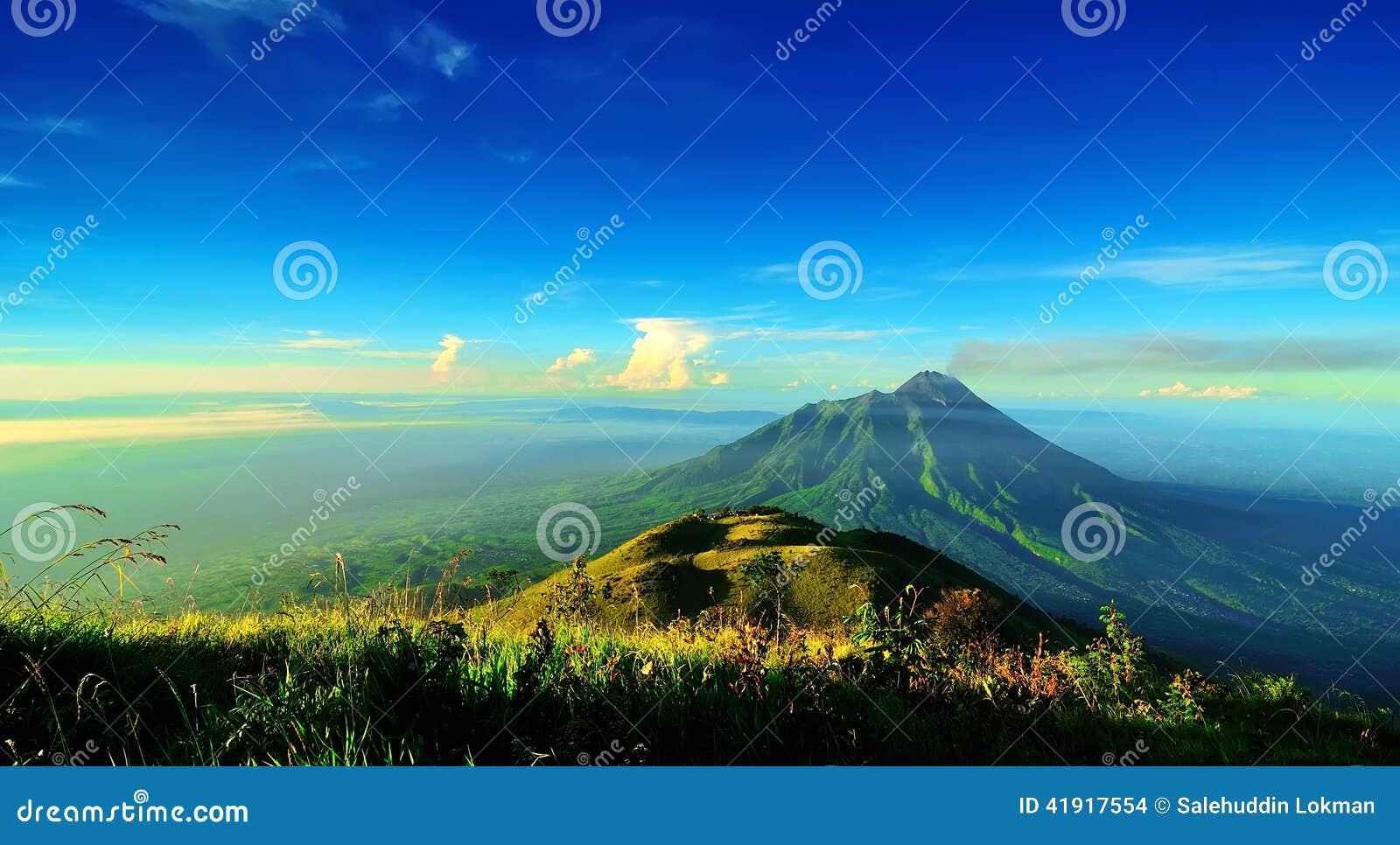El monte Merapi en Java Island, Indonesia