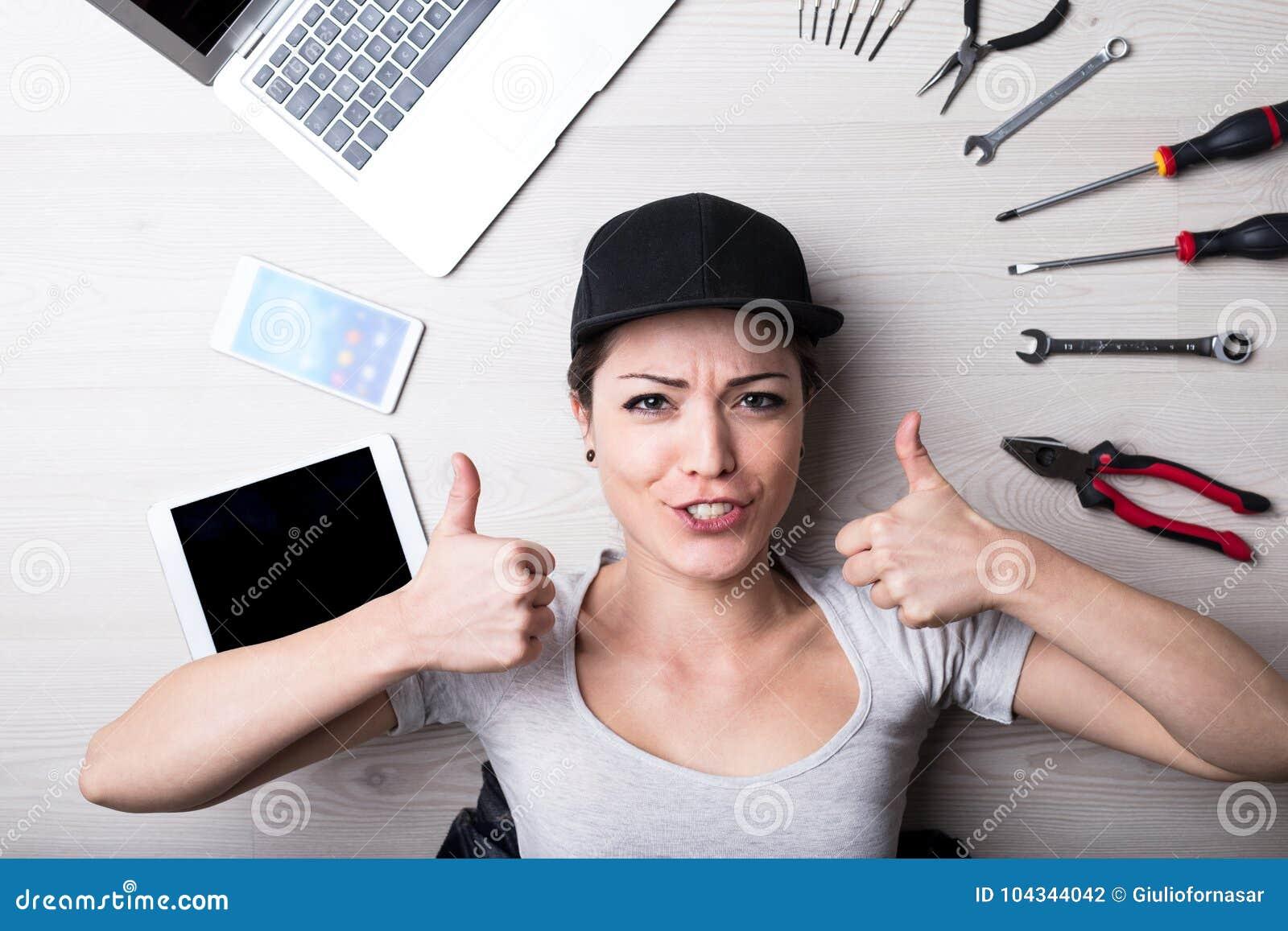 El ordenador ningún problema dice a esta mujer