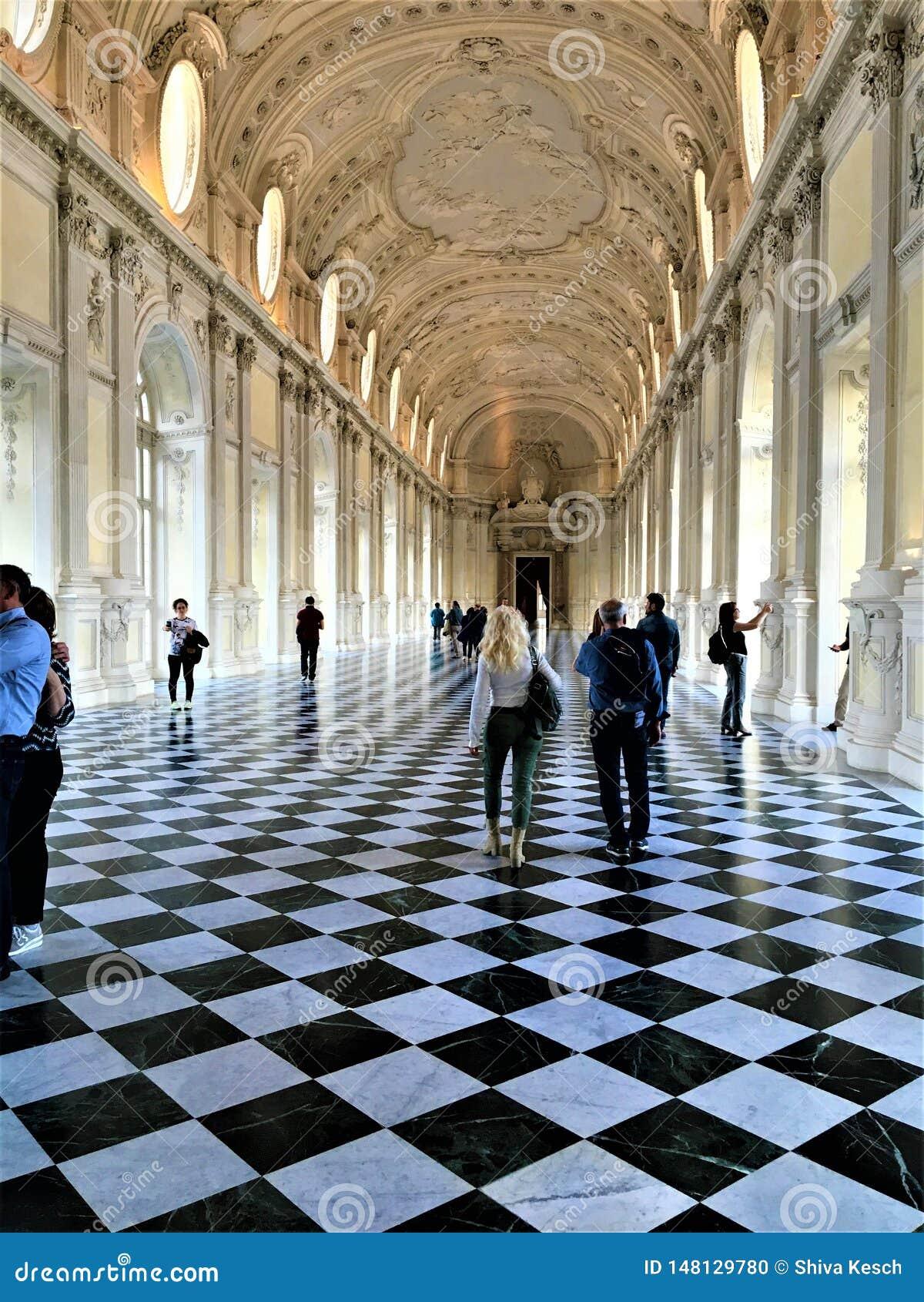 El palacio de Venaria en la ciudad de Turín, región de Piamonte, Italia Arte, historia y turismo