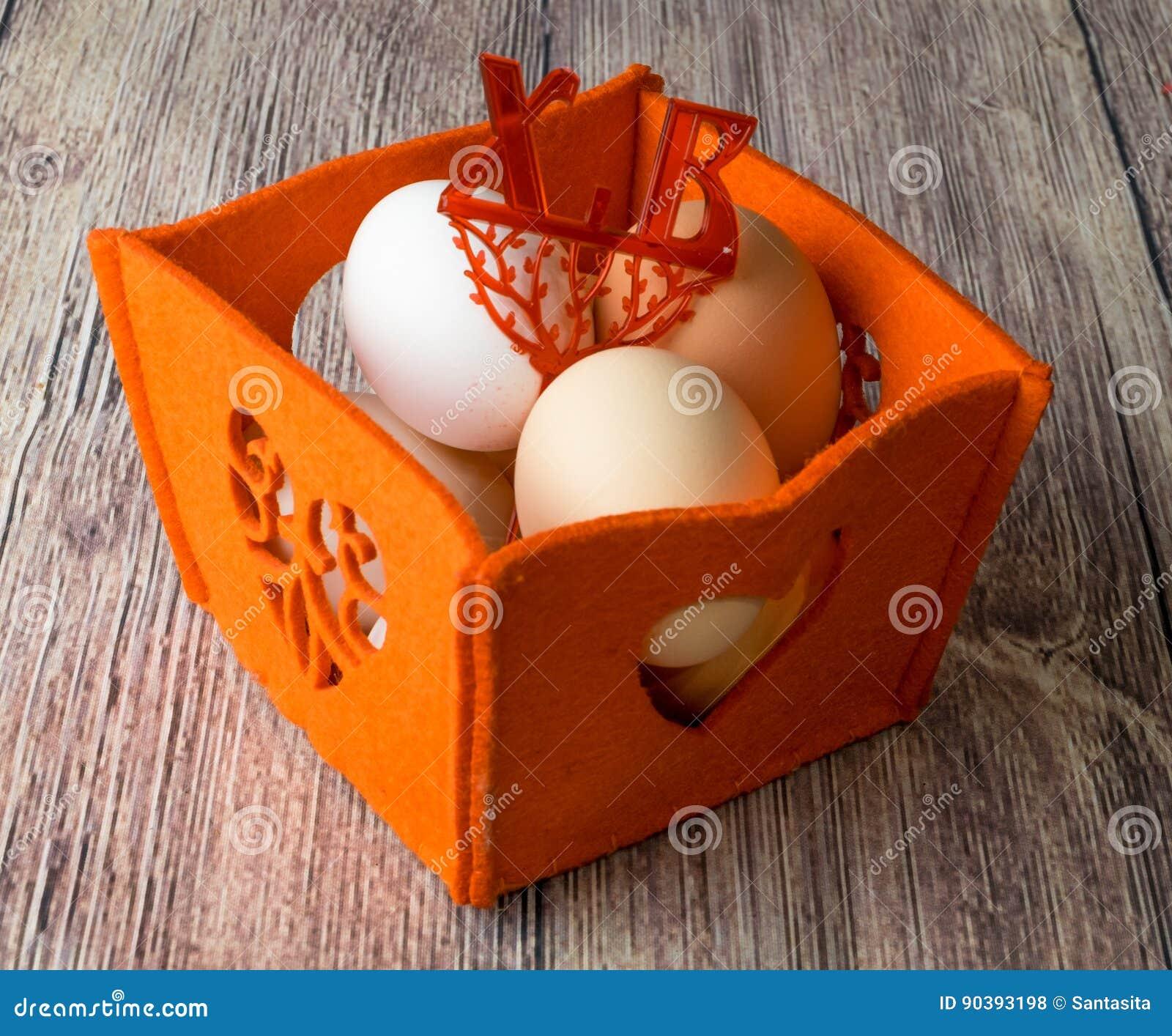 El Pollo Eggs Para El Banquete De Pascua Para Colorear Foto de ...