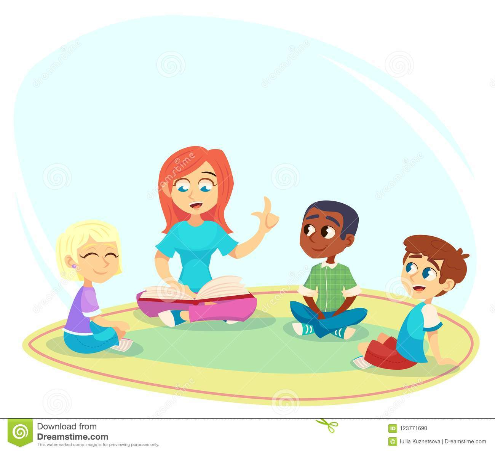El profesor de sexo femenino leyó el libro, los niños se sientan en piso en círculo y escuchan ella Actividades preescolares y ed