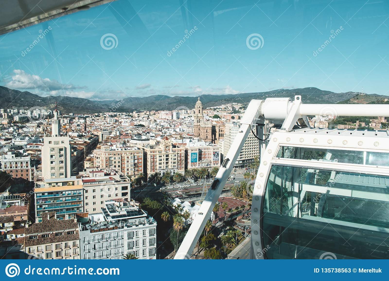 El puerto de Málaga durante noviembre